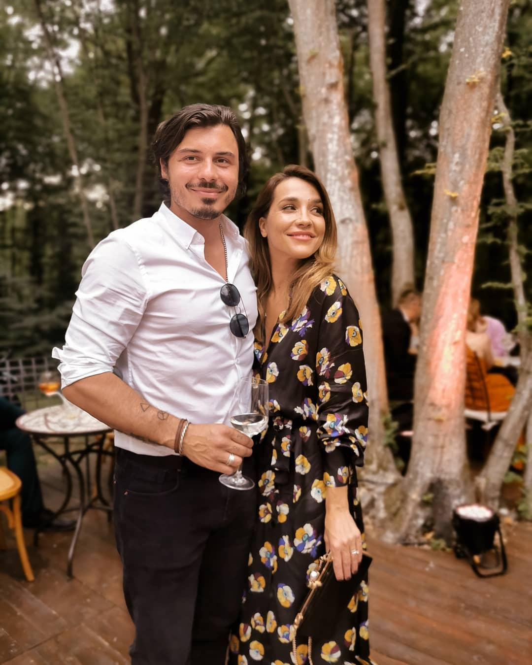 Marijana Batinić sa suprugom Matejem Pašalićem na svadbi kod prijatelja prošlog ljeta