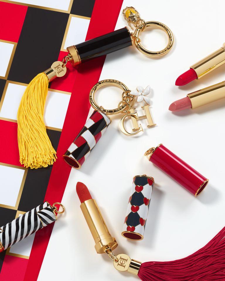 Carolina Herrera make-up može se nositi kao modni dodatak.