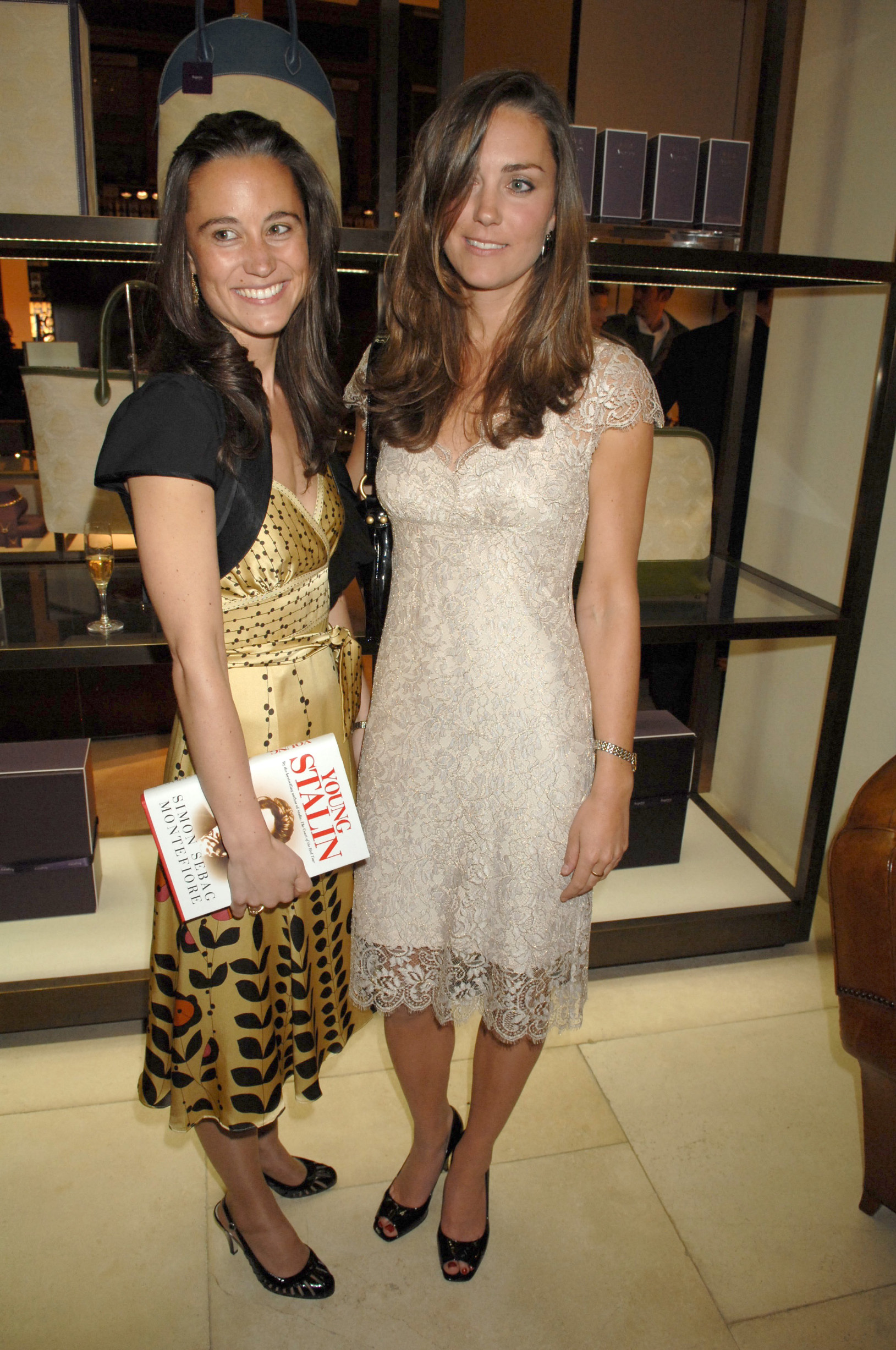 Pippa Middleton and Kate Middleton Simon Sebag Montefiore's 'Young Stalin' book launch, Aspreys, London, Britain - 14 May 2007, Image: 221350764, License: Rights-managed, Restrictions: , Model Release: no, Credit line: Richard Young / Shutterstock Editorial / Profimedia