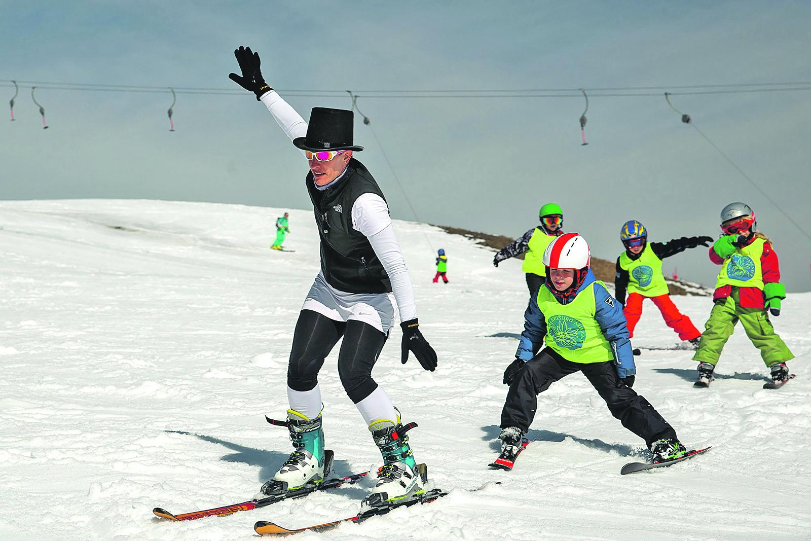 Villach, Austrija, 030319. Ski patrola sa skijalista Gerlitzen i Dreilandereck Arnoldstein kod grada Villach u Koruskoj. Na fotografiji: skijaliste Dreilandereck Arnoldstein  Foto: Tom Dubravec/ CROPIX