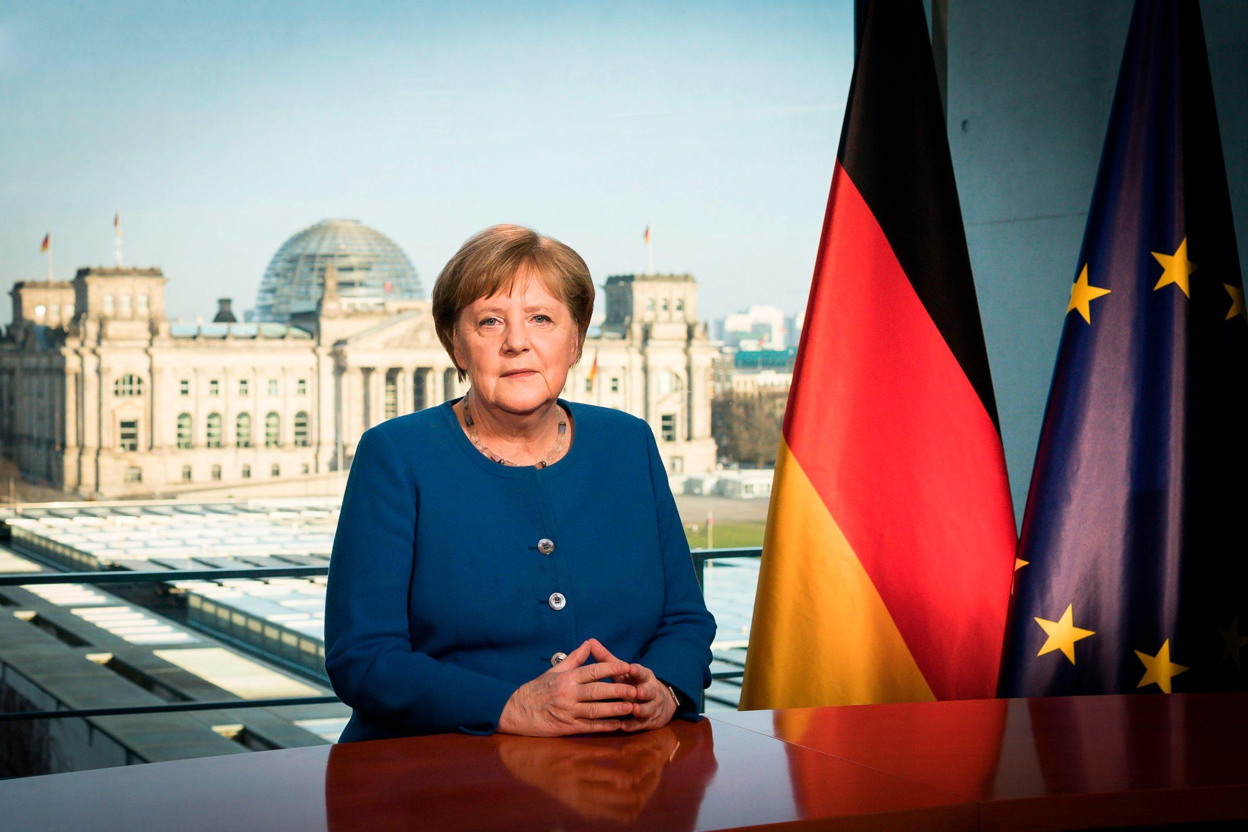 Njemačka kancelarka Angela Merkel tijekom izvanrednog obraćanja javnosti
