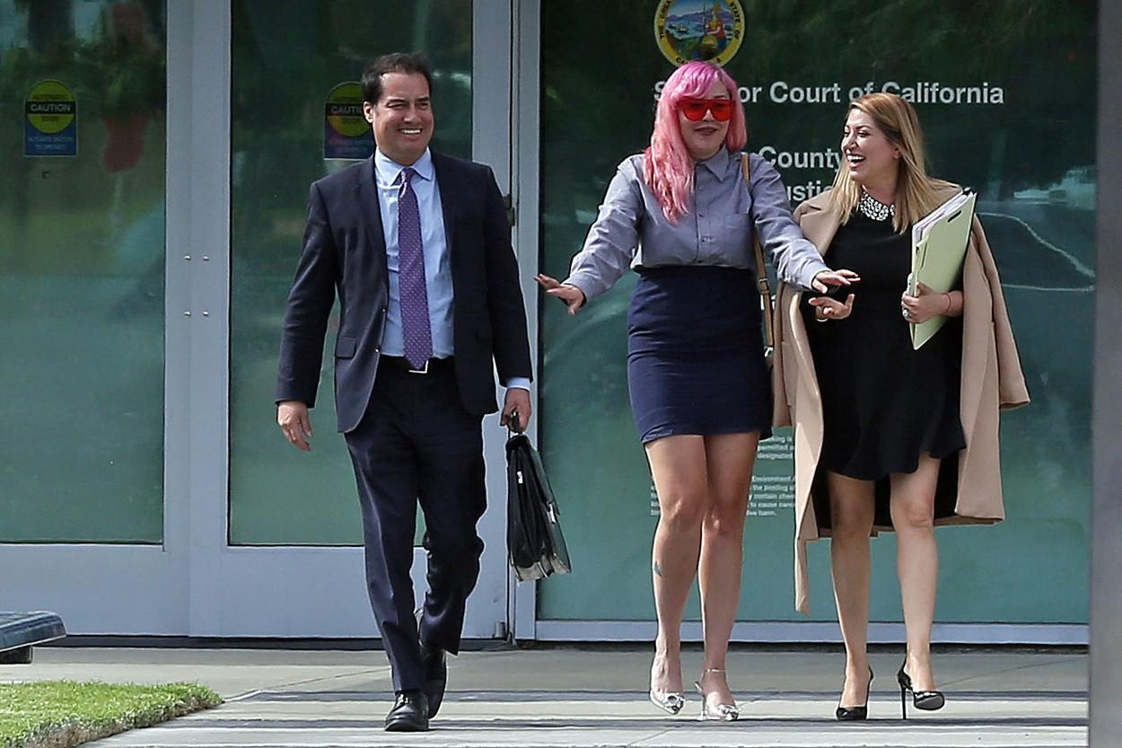 Amanda Bynes s odvjetničkim timom