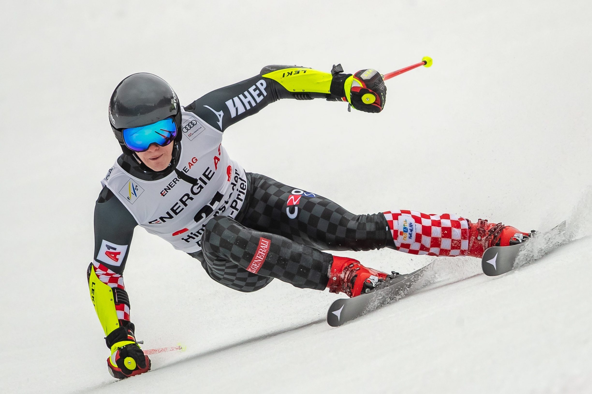 Filip Zubcic of Croatia competes in the Men's Super-G run of the Alpine Combined event at the FIS ski alpine World Cup on March 1, 2020 in Hinterstoder, Austria. (Photo by Johann GRODER / various sources / AFP) / Austria OUT