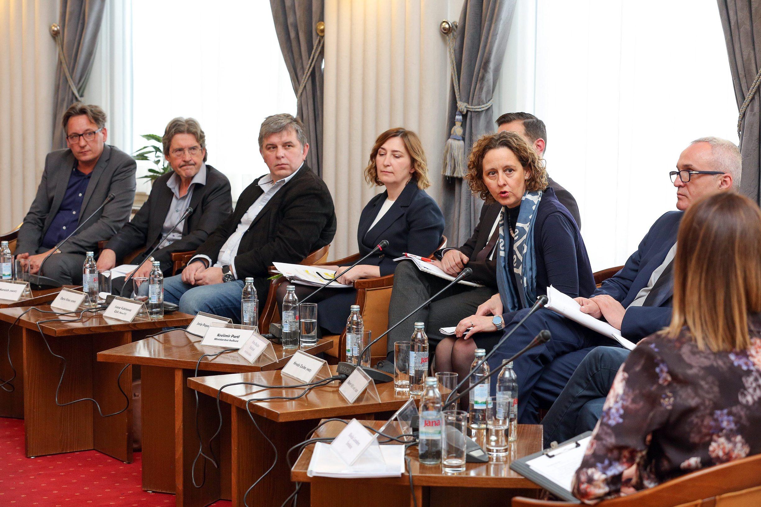 Željko Svenda, Chris Maricich, Dario Vine, Ivana Vukovinac Gelo, Nina Obuljen Koržinek i Hrvoje Zovko