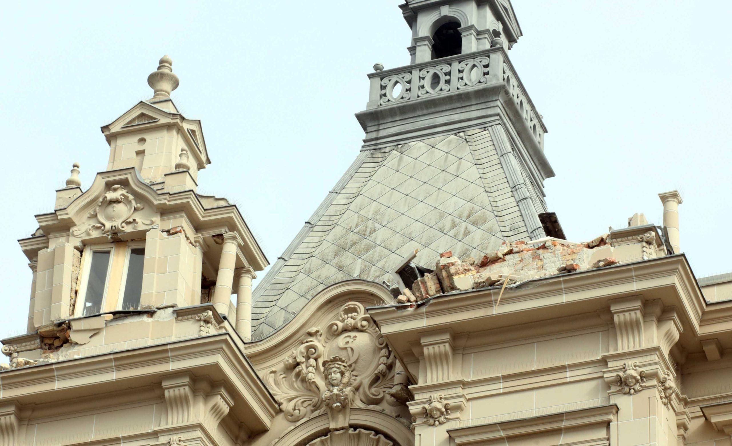 Zagreb, 220320. Trg bana Jelacica. Veliki potres u Zagrebu. Na fotografiji: kupola na glavnom Zgrebackom trgu. Foto: Damjan Tadic / CROPIX
