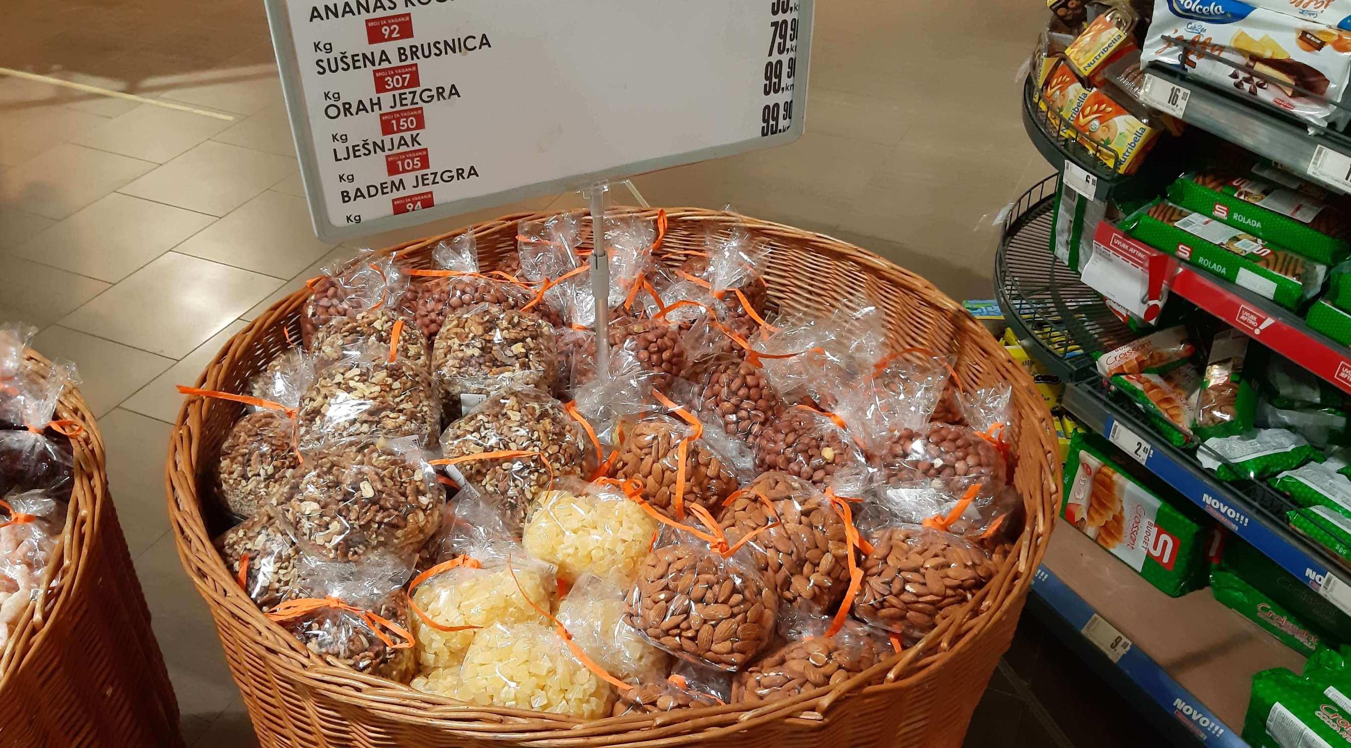 SPAR uveo pakiranja na pekarske proizvode i rinfuznu robu