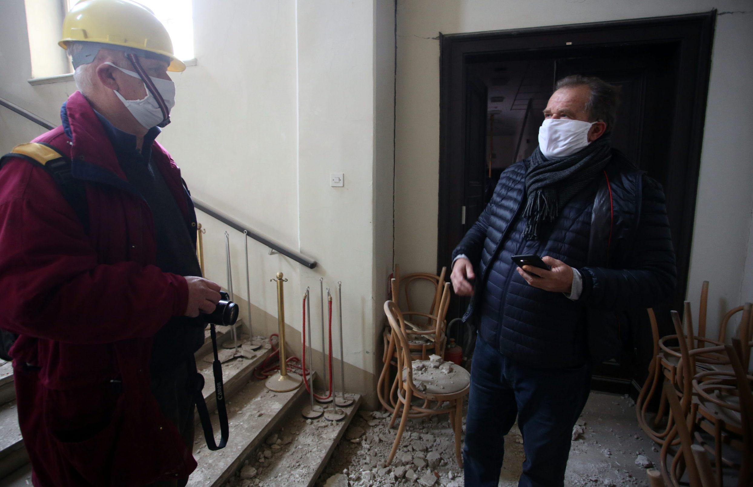 Zagreb, 240320. Muzej za umjetnost i obrt. Muzej je u potresu pretrpio veliku stetu. Ravnatelj MUO-a Miroslav Gasparovic u muzeju. Foto: Damjan Tadic / CROPIX