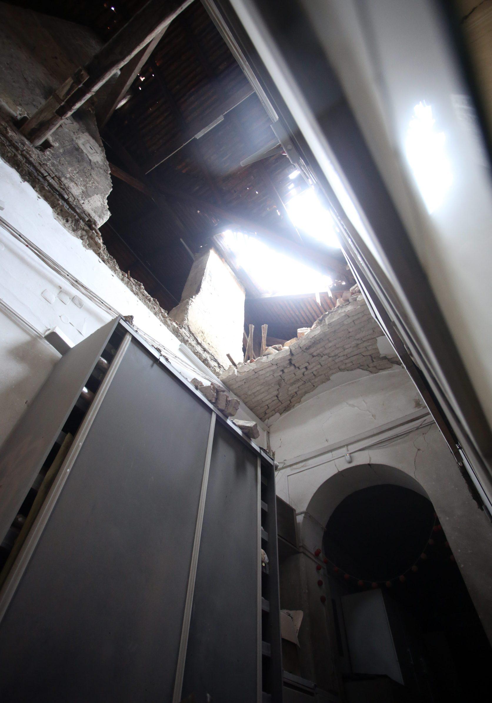 Zagreb, 240320. Muzej za umjetnost i obrt. Muzej je u potresu pretrpio veliku stetu. Foto: Damjan Tadic / CROPIX