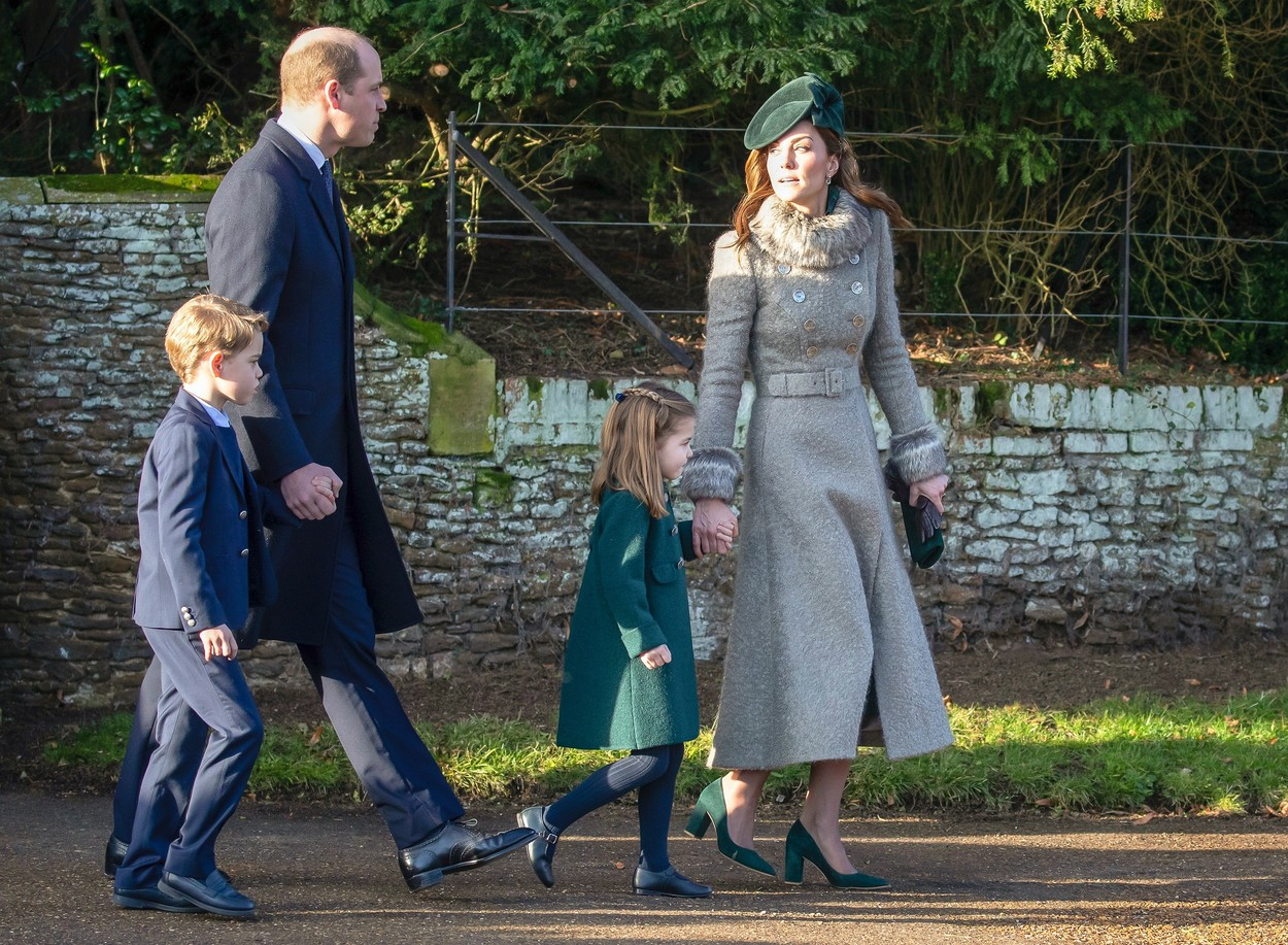 Princ William, Kate Middleton, princ George i princeza Charlotte na Božić 2019.