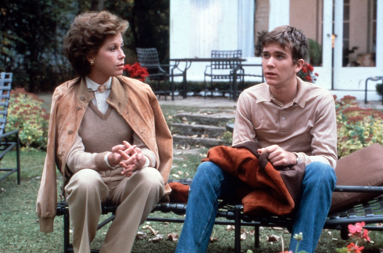 Ordinary People, aka: Eine ganz normale Familie, aka: Des gens comme les autres, USA 1980, Regie: Robert Redford, Darsteller: Mary Tyler Moore, Timothy Hutton, Image: 379495346, License: Rights-managed, Restrictions: Nur redaktionelle Nutzung im Zusammenhang mit dem Film. Editorial usage only and only related to the movie. Im Falle anderer Verwendungen, kontaktieren Sie uns bitte. For other uses, please contact us., Model Release: no, Credit line: IFTN / United Archives / Profimedia