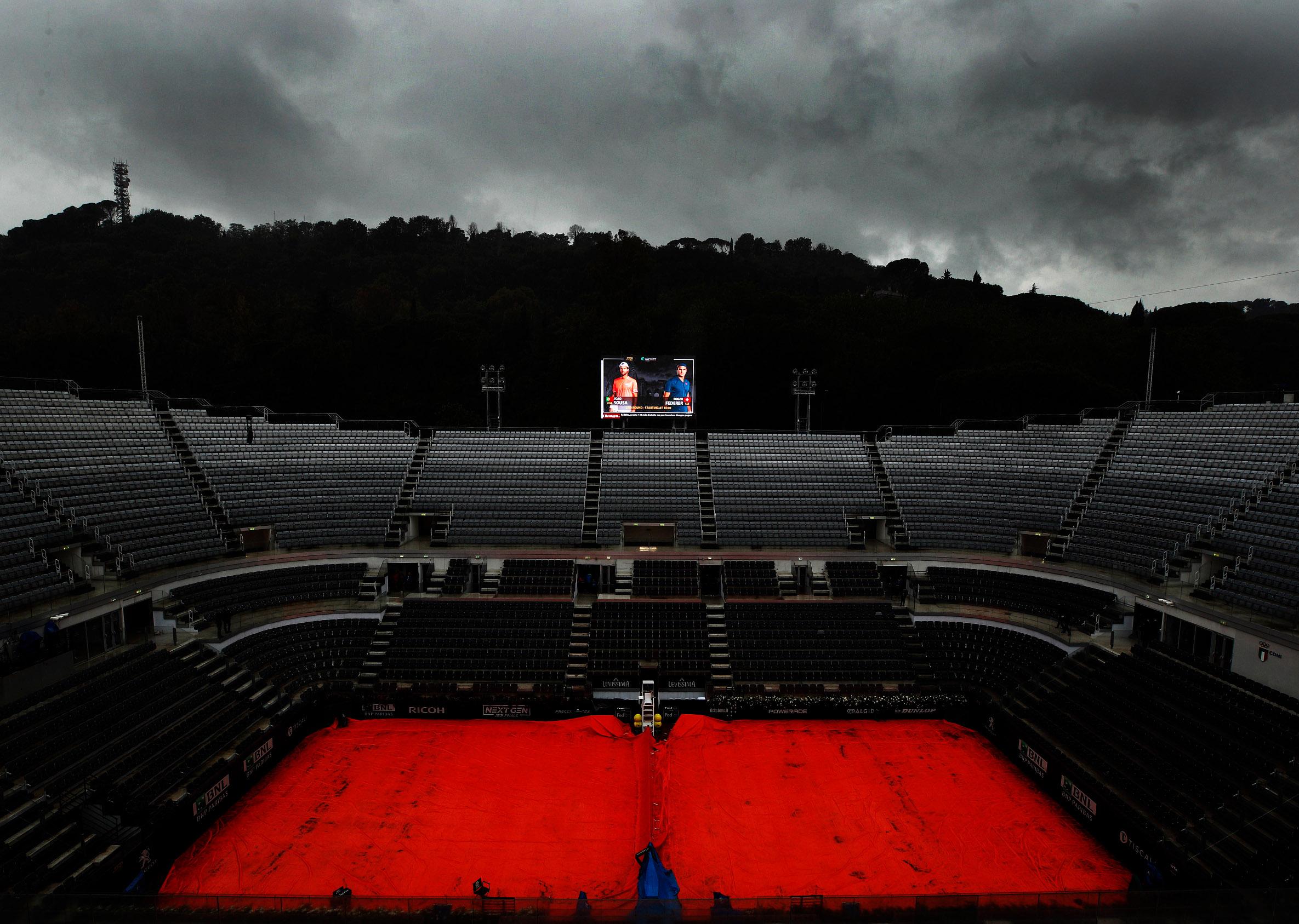 Tenis prazan teren