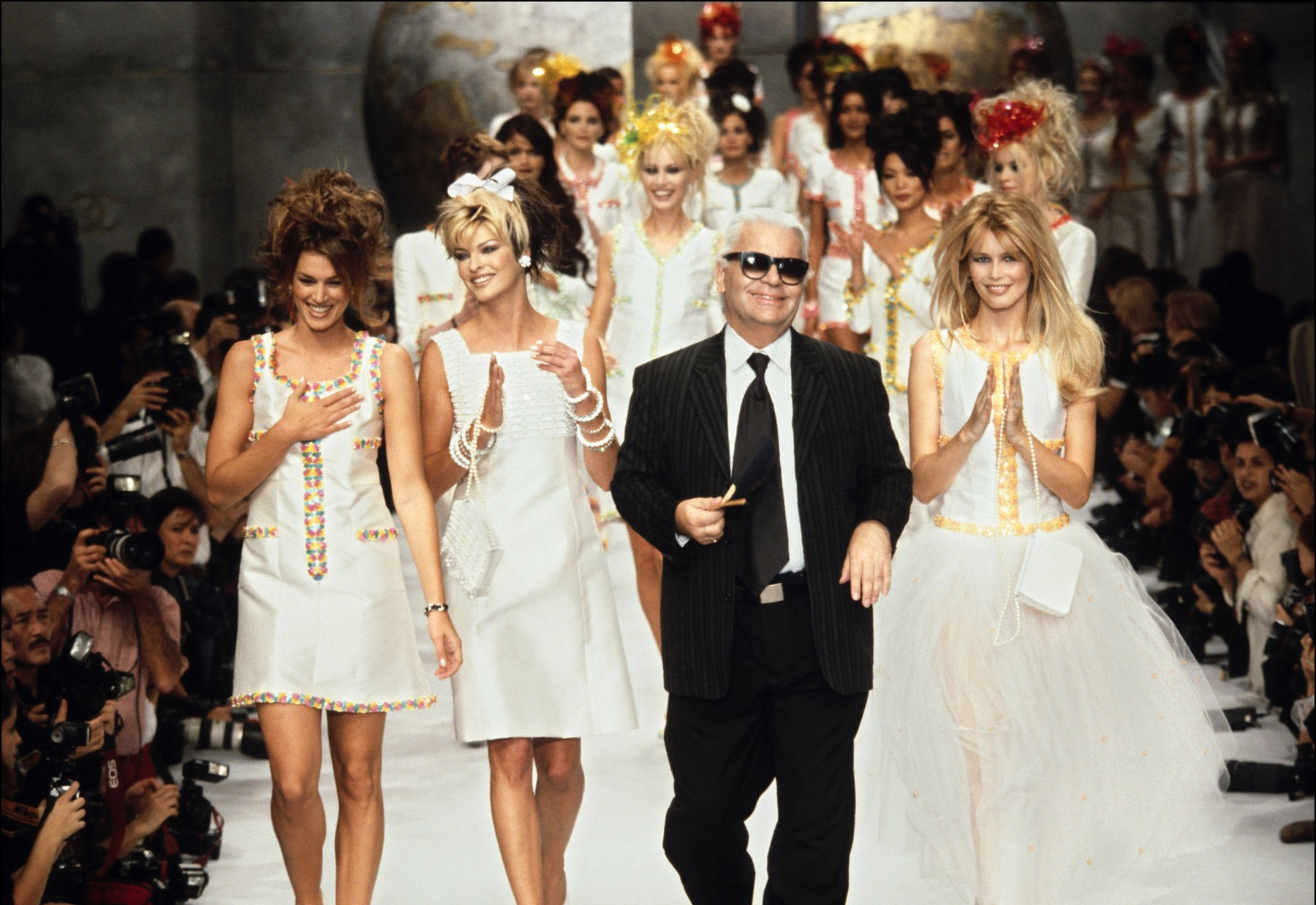 Cindy Crawford, Linda Evangelista, Karl Lagerfeld i Claudia Schiffer