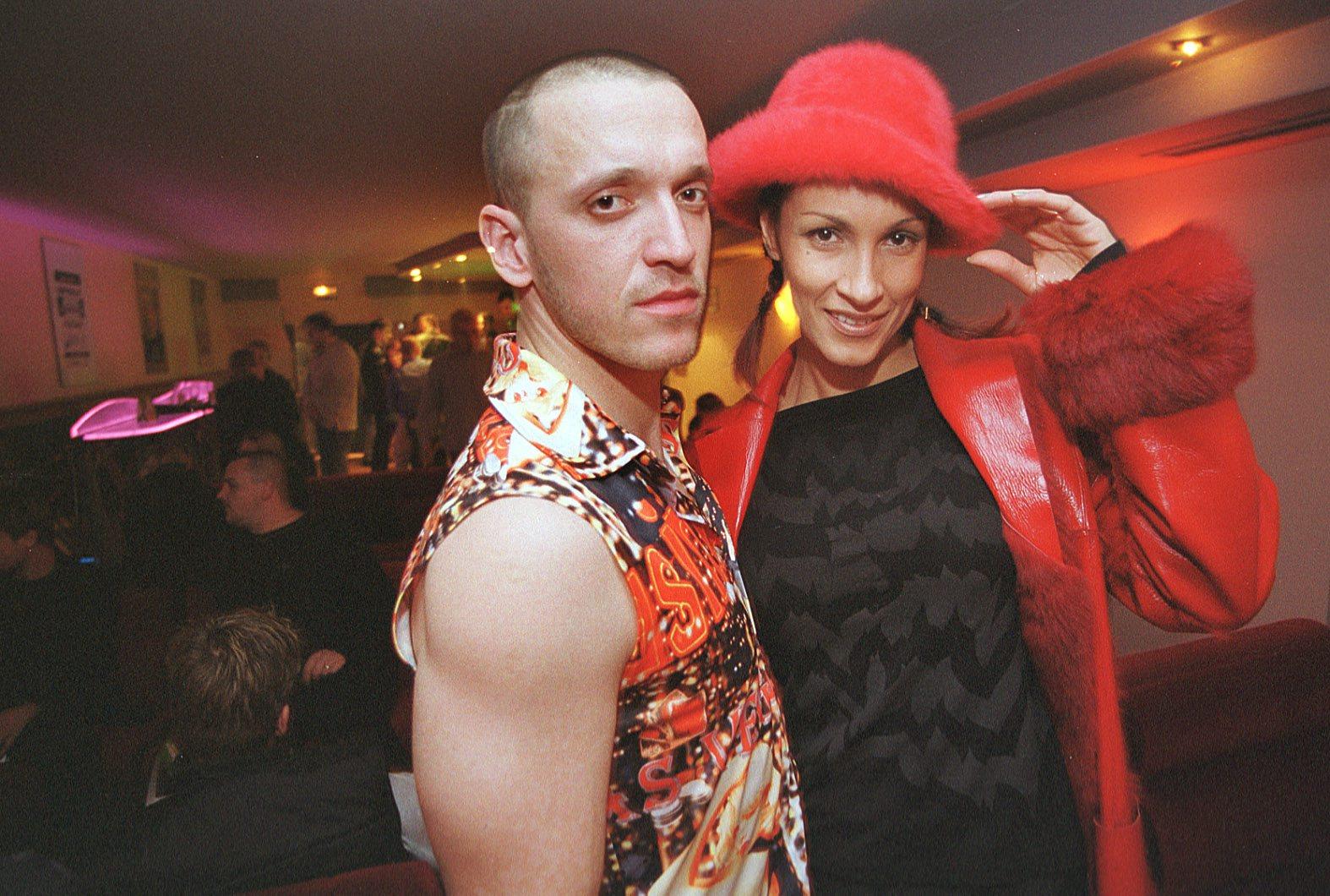 zagreb 101101 ivana banfic sa svojim  plesacem uoci svog nastupa u diskoteci the best fotografirao:davor pongracic -ziv-
