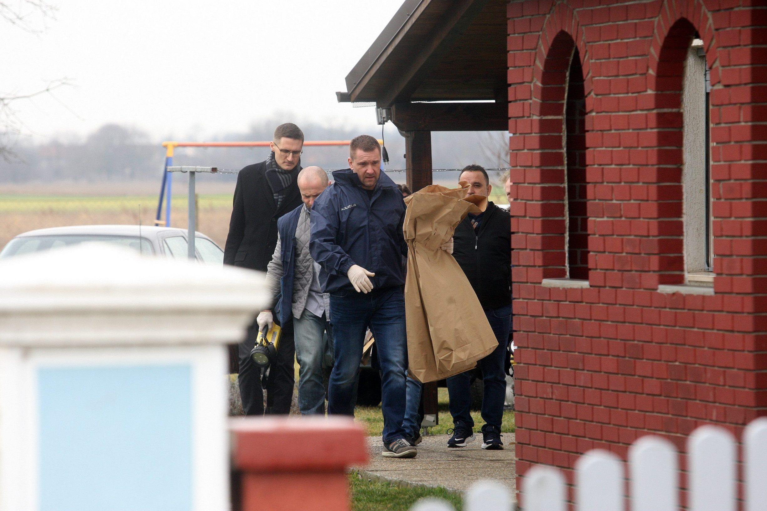 Pretres kuće u Palovcu: policija odnosi dokaze, nazočan je i odvjetnik Krešimir Golubić