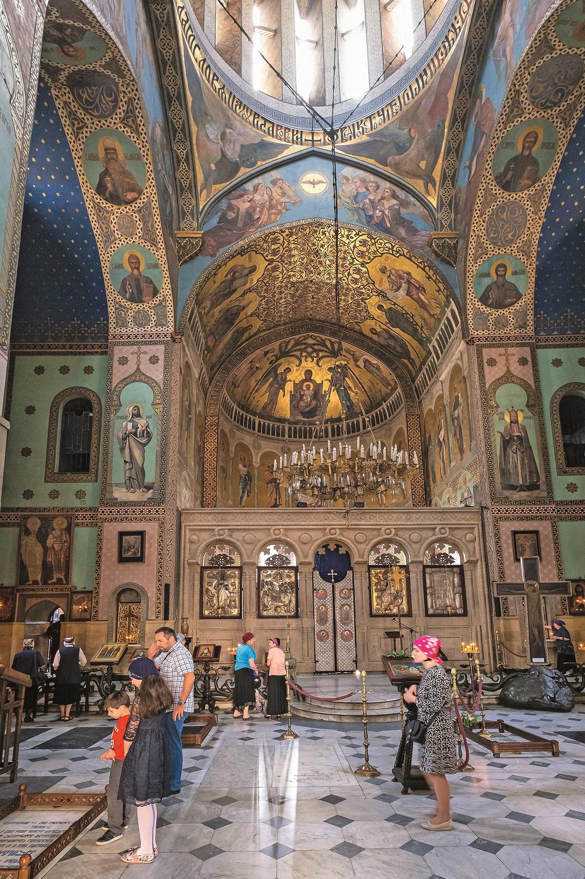 Georgia, Tbilisi, Old Tbilisi or Dzveli Kalaki, Orthodox Sioni Cathedral of the Dormition