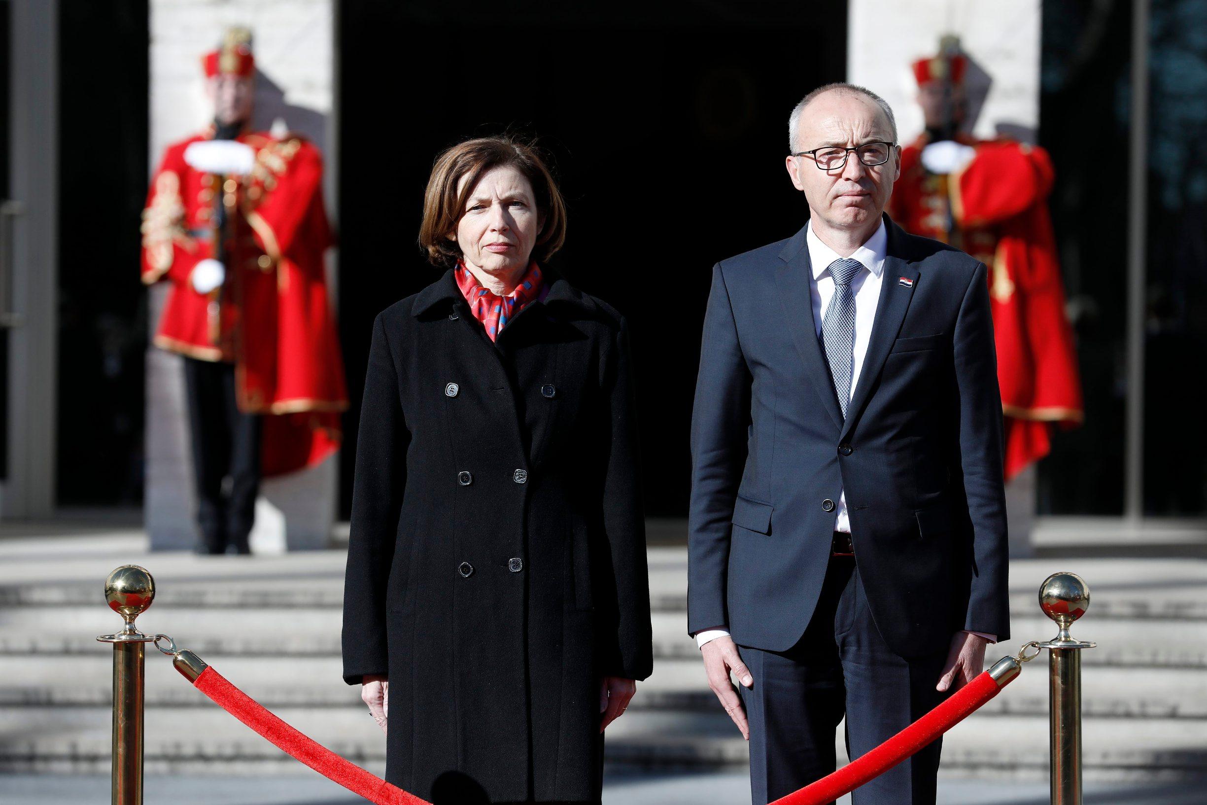France minister of defence Florence Parla and Croatian Damir Krstičević
