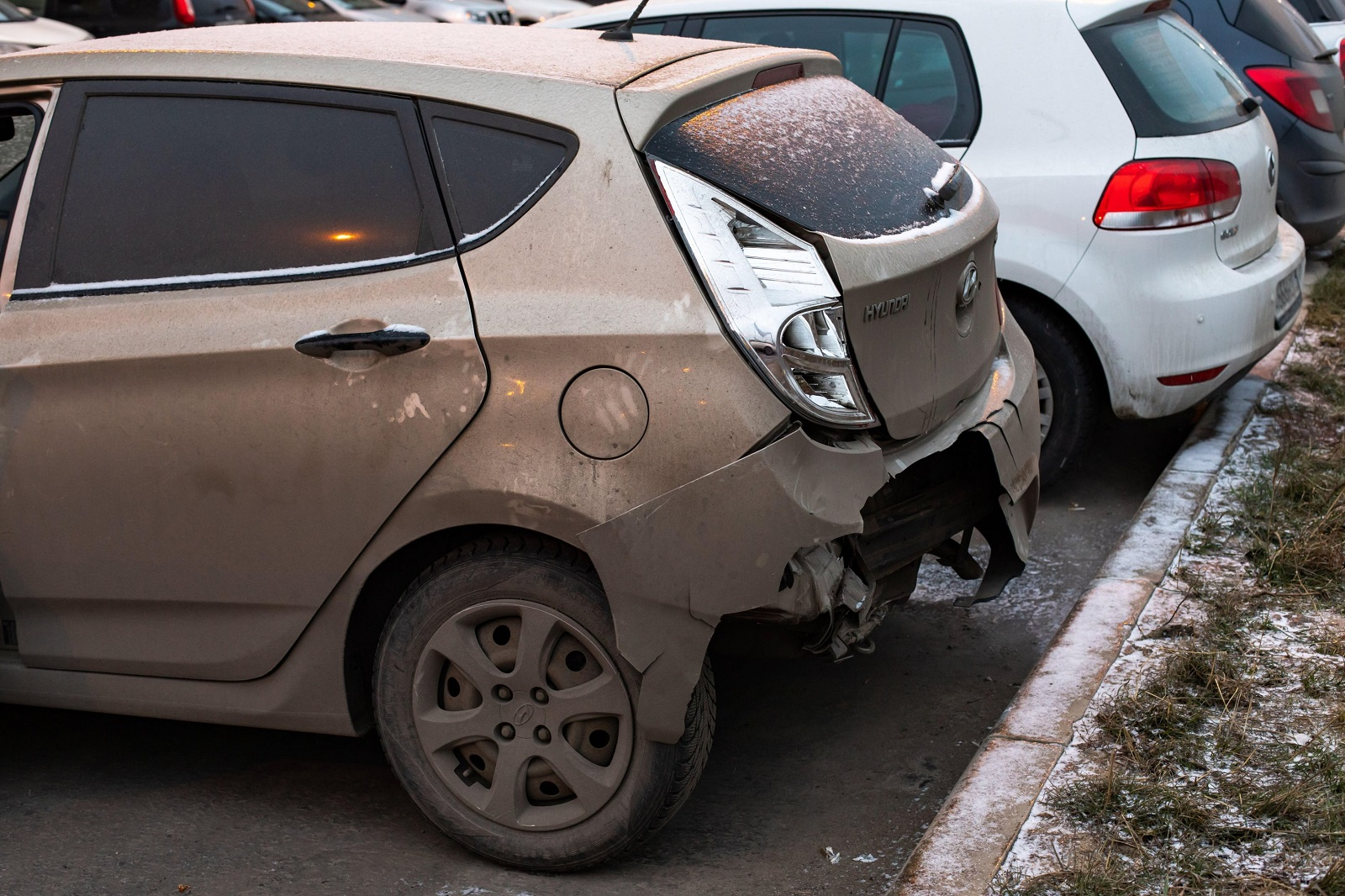 Moscow, Russia - December 29, 2019: Hyundai Solaris car after the accident crash, a broken bumper and a crumpled car body close-up. Broken Hyundai, a Korean car with a torn rear bumper, Image: 495907255, License: Royalty-free, Restrictions: , Model Release: no, Credit line: Olga Korica / Alamy / Alamy / Profimedia