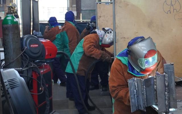 Strani radnici u Iskra brodogradilištu Šibenik.