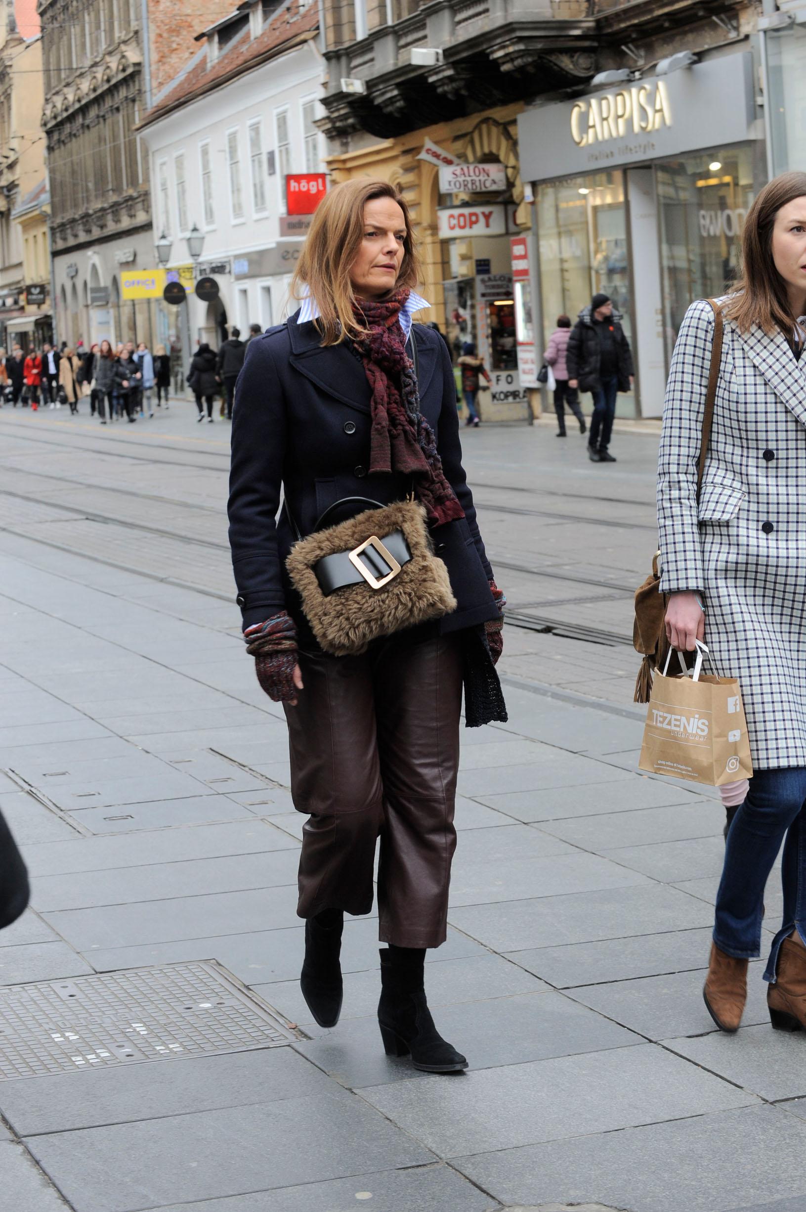 Ana Ivančić, vlasnica shopping butika Garderoba u šetnji gradom.