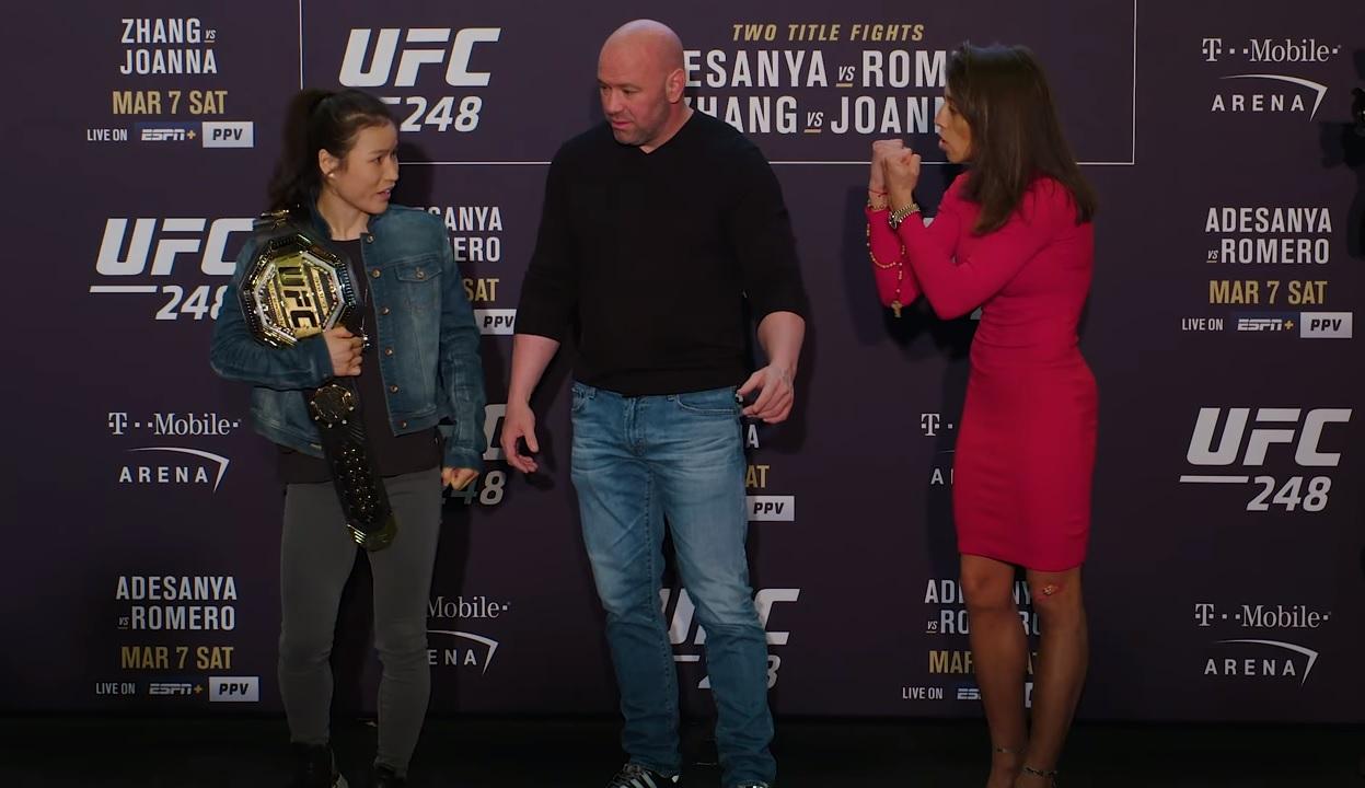 Weili Zhang, Dana White i Joanna Jedrzejczyk