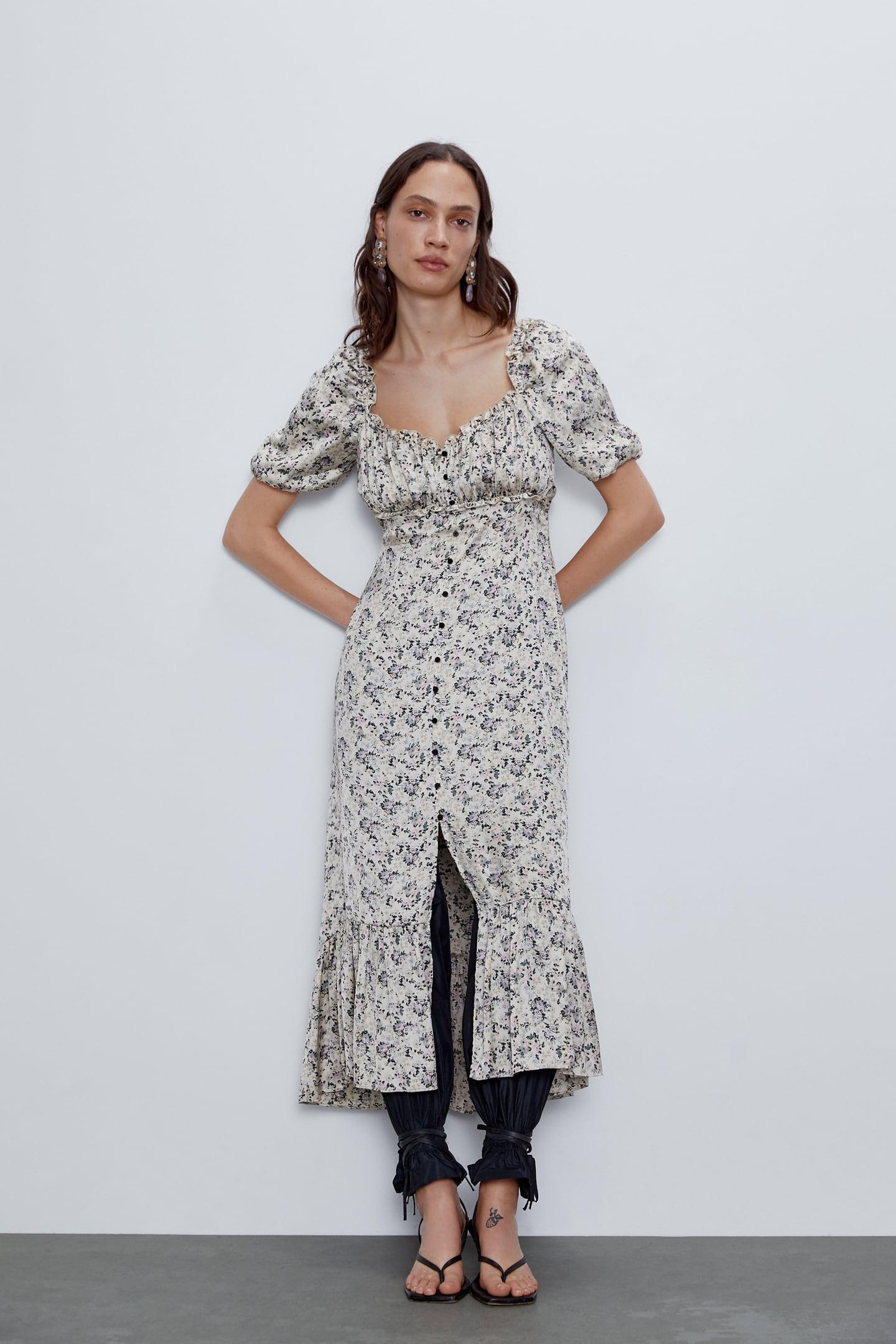 Zara satinirana haljina na gumbiće s uzorkom cvijeća, 299,90 kuna