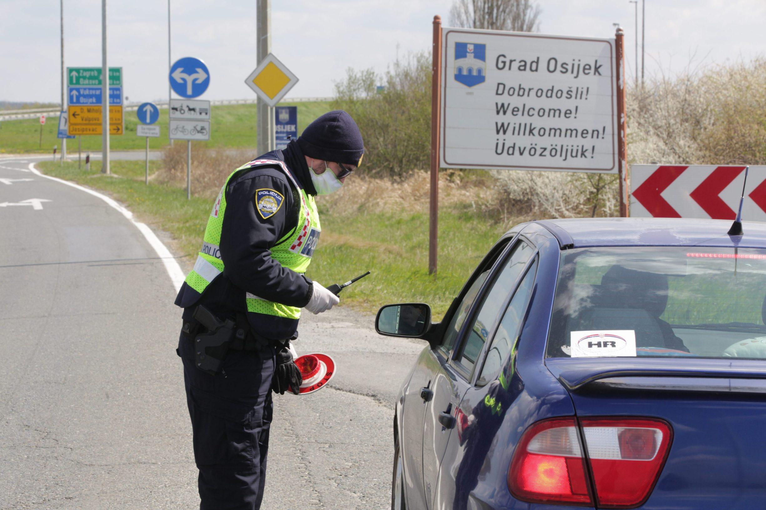 Policijska kontrola na zapadnom ulazu u Osijek