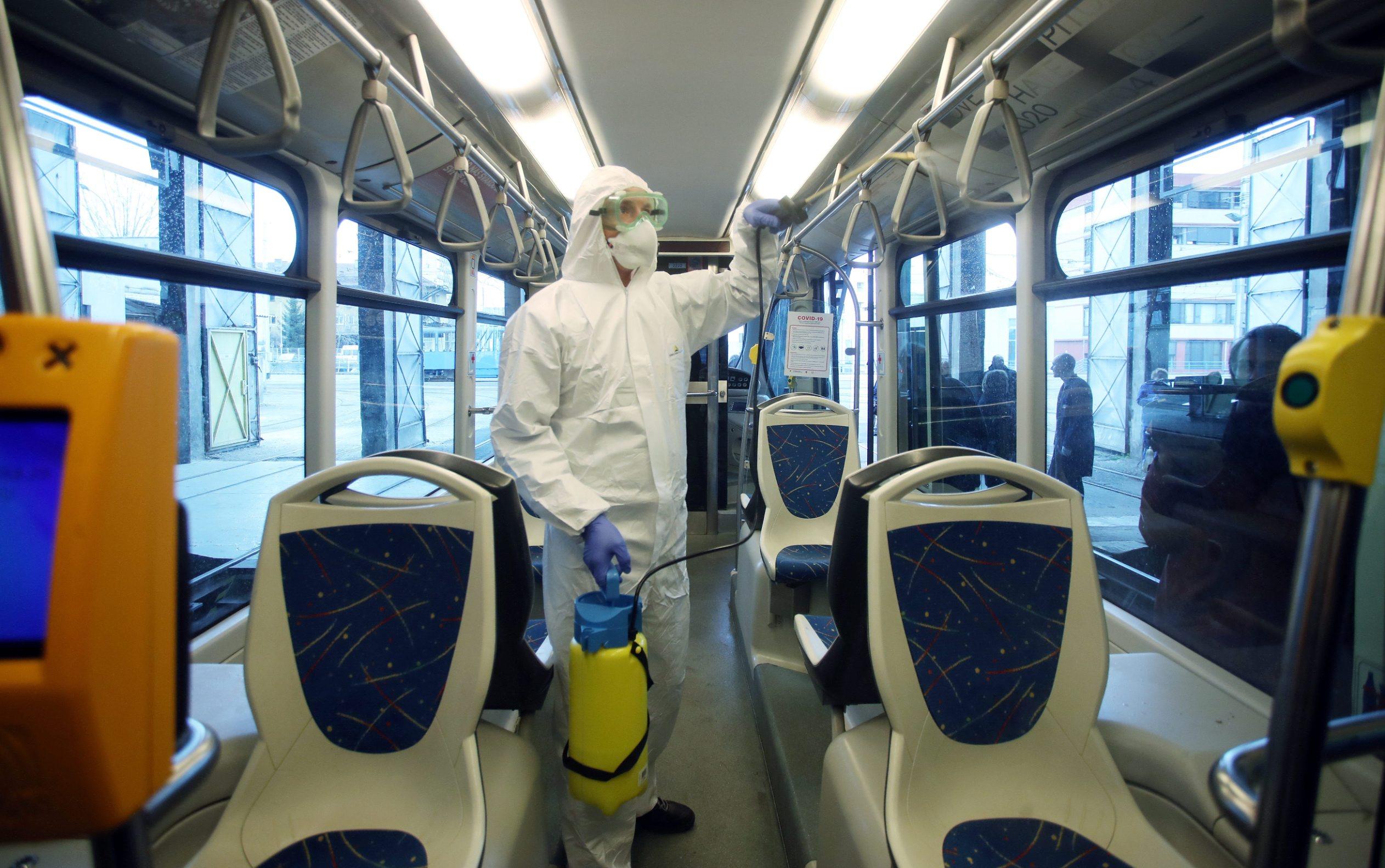 Zagreb, 1300320. Zbog pojave koronavirusa ZET tri puta dnevno dezinficira tramvaje. Foto: Zeljko Puhovski /  CROPIX