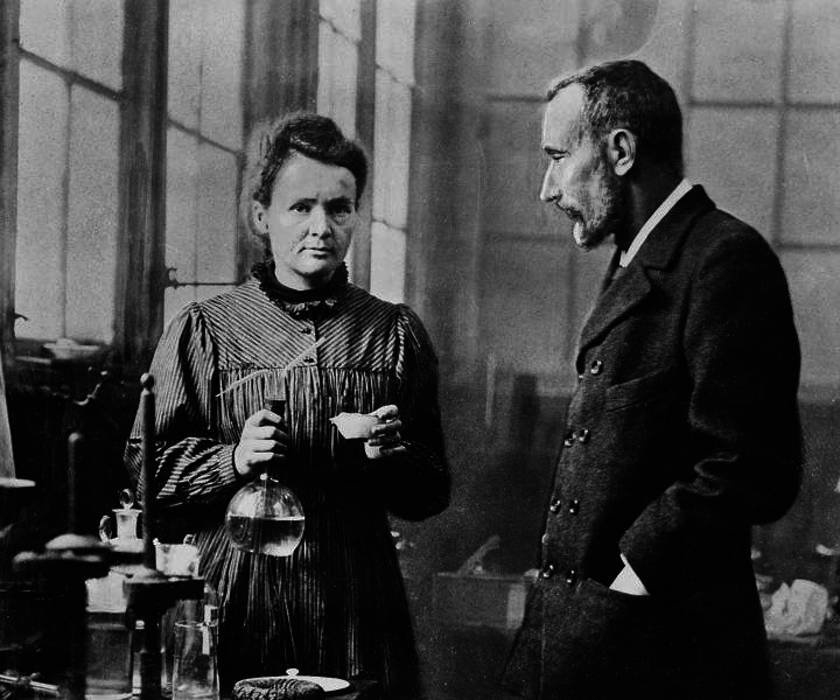 Marie Curie and Pierre Curie. INTIMATE black and white photos of legendary chemist and physicist, Marie Curie, have resurfaced today, her 150th birthday. The images show Curie, born Maria Skłodowska, being received by then US President Warren G. Harding, at the White House to be presented with a gram of radium. Others offer a glimpse into her personal life from her early life with her family to striking portraits of the scientist not long before her death. Public Domain / mediadrumworld.com, Image: 354837844, License: Rights-managed, Restrictions: , Model Release: no, Credit line: Public Domain / mediadrumworld.c / Media Drum World / Profimedia