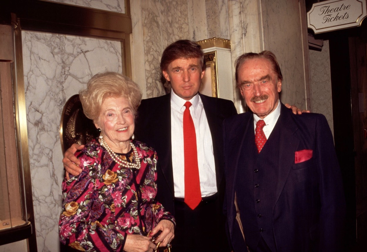 Donald Trump with His Parents Mary and Fred Trump 1994 Donald Trump with His Parents, Image: 389573595, License: Rights-managed, Restrictions: , Model Release: no, Credit line: Rtalesnick/Mediapunch / Shutterstock Editorial / Profimedia