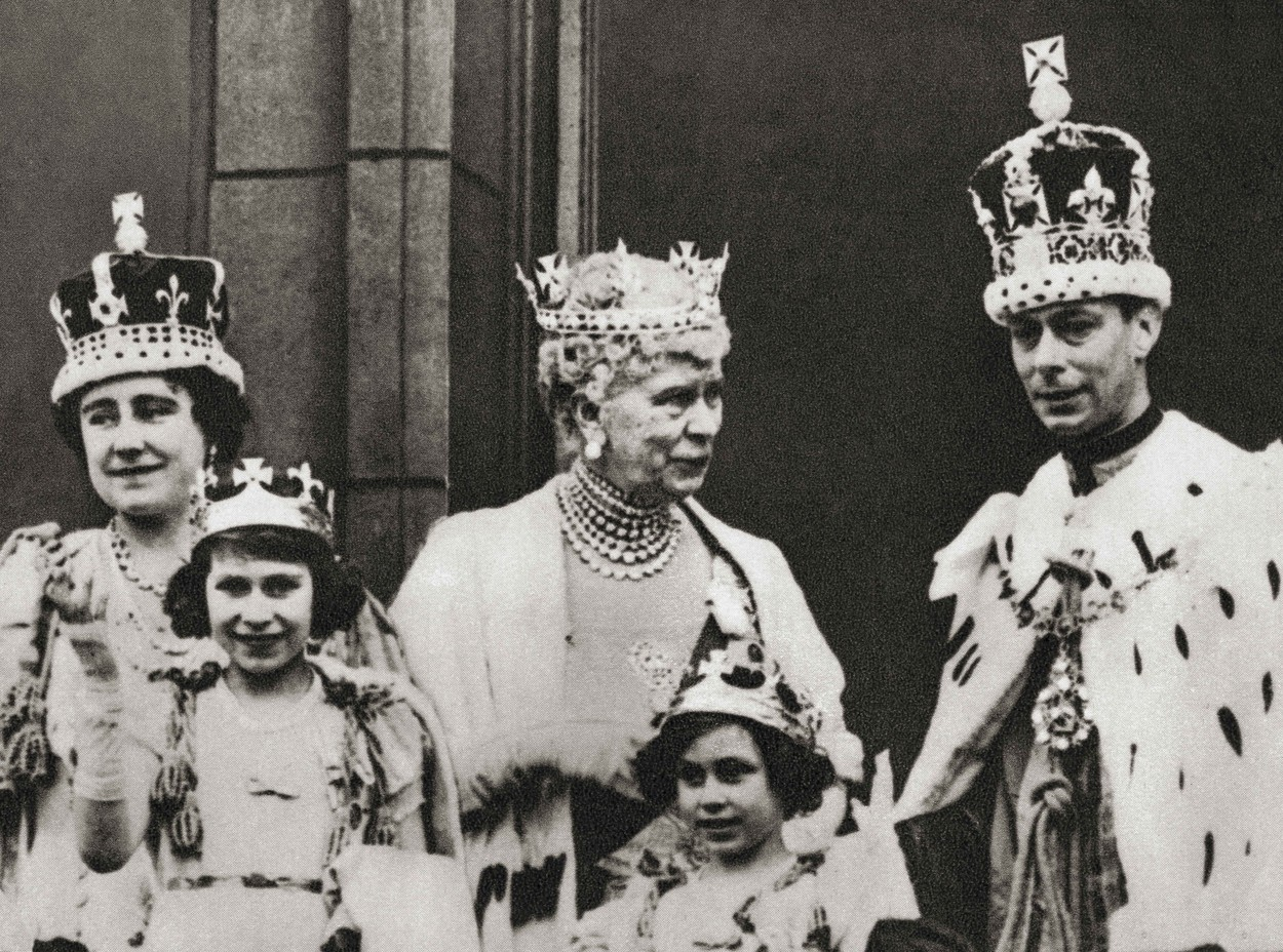 April 5, 2016: King George Vi And His Wife Queen Elizabeth Seen Here On The Balcony At Buckingham Palace, London, England The Day Of Their Coronation, 12 May, 1937, With Their Daughters Princess Margaret And Princess Elizabeth, Future Queen Elizabeth Ii And The King's Mother Mary Of Teck.  George Vi, 1895 – 1952, King Of The United Kingdom.  Elizabeth Angela Marguerite Bowes-Lyon, 1900 –  2002. Queen Consort Of The United Kingdom As The Wife Of King George Vi.  Princess Margaret, Later Countess Of Snowdon, 1930 – 2002.  Princess Elizabeth, Later Queen Elizabeth Ii, Born 1926. Mary Of Teck, 1867 – 1953.  Queen Consort Of The United Kingdom And The British Dominions, And Empress Consort Of India, As The Wife Of King-Emperor George V.  From The Coronation Of King George Vi And Queen Elizabeth, Published 1937., Image: 489456476, License: Rights-managed, Restrictions: , Model Release: no, Credit line: Ken Welsh / Zuma Press / Profimedia