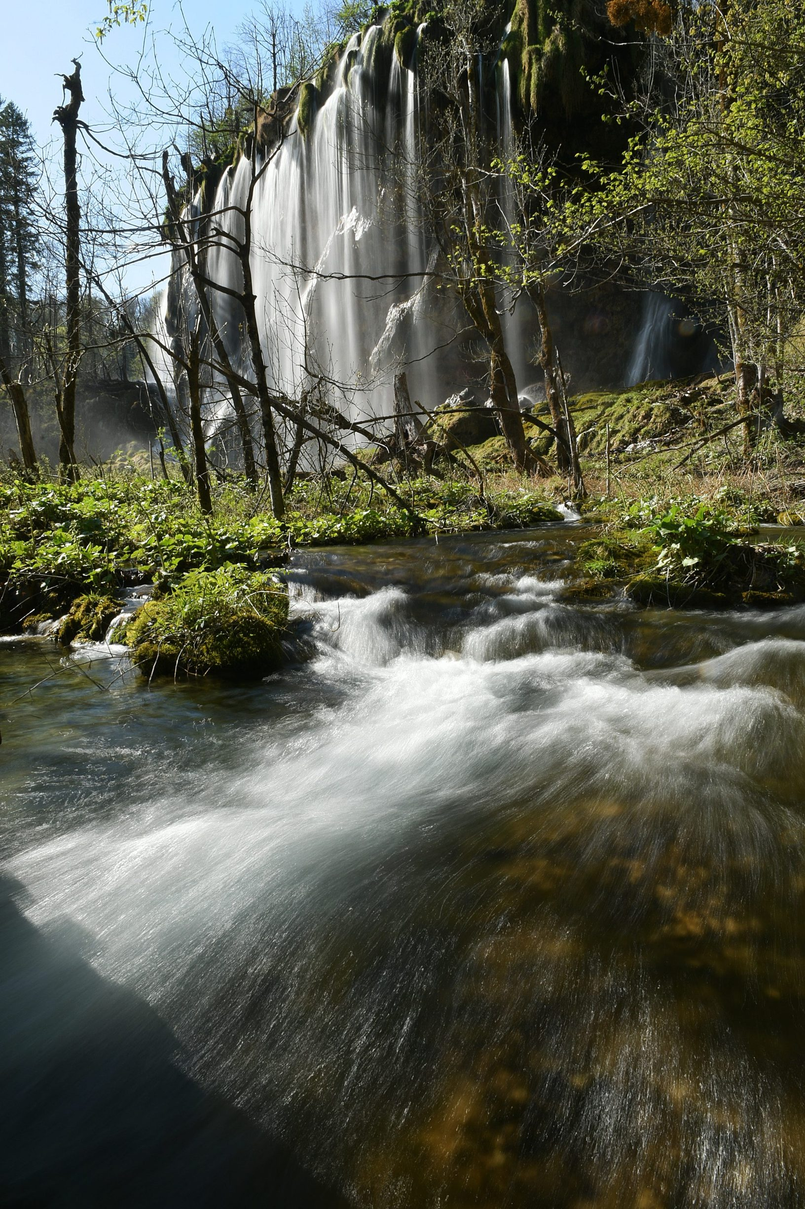 Plitvicka Jezera, 240420. Prvi put u svojoj povijesti Nacionalni park Plitvicka jezera zatvoren je za posjetitelje u sezoni. Na fotografiji: Slapovi nacionalnog parka. Foto: Robert Fajt / CROPIX