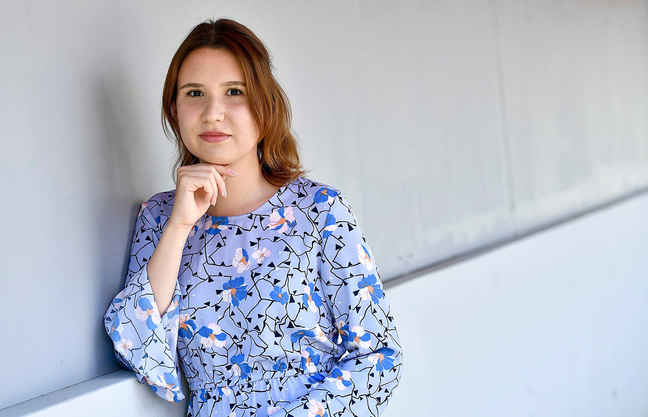 -Jutarnji list- Zagreb, 240420. Trg Kresimira Cosica. Ena Katarina Haler, mlada spisateljica. Foto: Ronald Gorsic / CROPIX