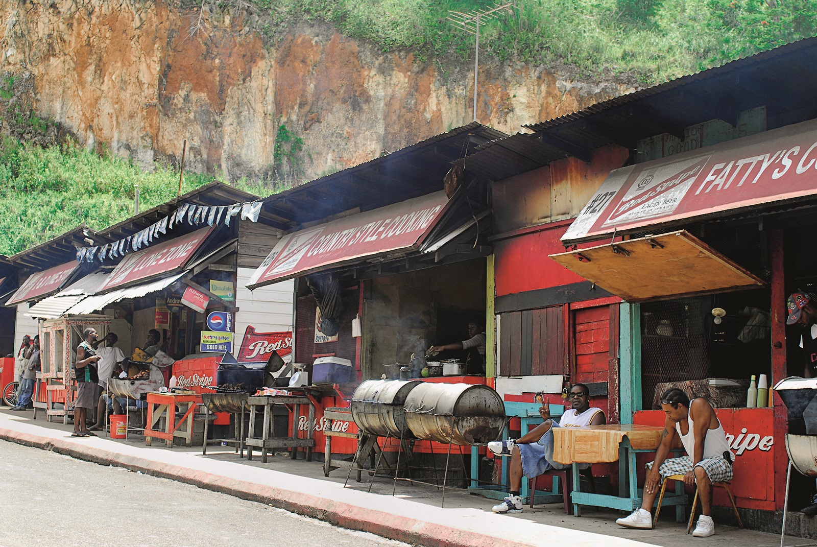 June 4, 2006, Faith'S Pen, St. Ann, Jamaica: Faith's Pen in the parish of St. Ann features roadside stalls that sell jerk chicken and other local Jamaican dishes., Image: 495866426, License: Rights-managed, Restrictions: , Model Release: no, Credit line: Richard Sitler / Zuma Press / Profimedia