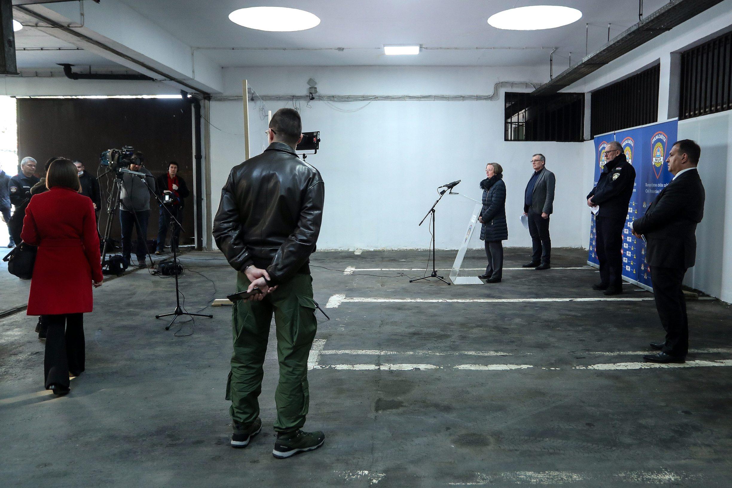Zagreb, 030420. Nacionalni stozer civilne zastite odrzao je konferenciju za medije o najnovijim detaljima sirenja koronavirusa u Hrvatskoj.  Foto: Luka Stanzl/POOL/PIXSELL