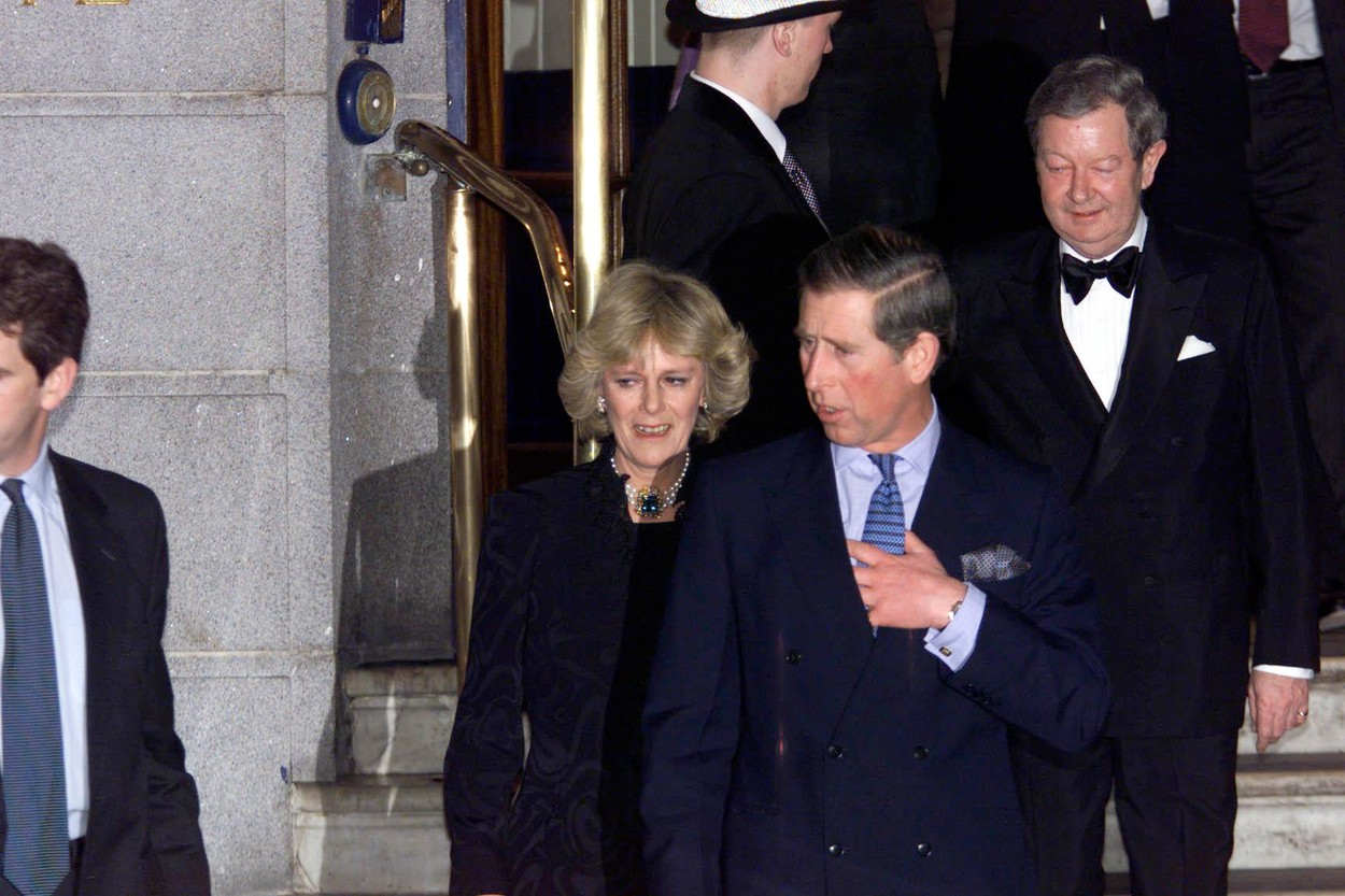 Britain's Prince Charles, The Prince of Wales and his friend Camilla Parker Bowles leave the Ritz Hotel in London Thursday January 28, 1999 after attending the 50th birthday party of Camilla s sister, Annabel Elliott.  It is the first time that the couple, who have been friends for more than 25 years, have appeared together as a couple in public.Britain's Prince Charles, The Prince of Wales and his friend Camilla Parker Bowles leave the Ritz Hotel in London Thursday January 28, 1999 after attending the 50th birthday party of Camilla s sister, Annabel Elliott.  It is the first time that the couple, who have been friends for more than 25 years, have appeared together as a couple in public.  .     Prince Charles, Prince of Wales, Royalty ©Daily Mail/Solo Syndication, Image: 394803012, License: Rights-managed, Restrictions: , Model Release: no, Credit line: ANDY HOOPER / Solo / Profimedia