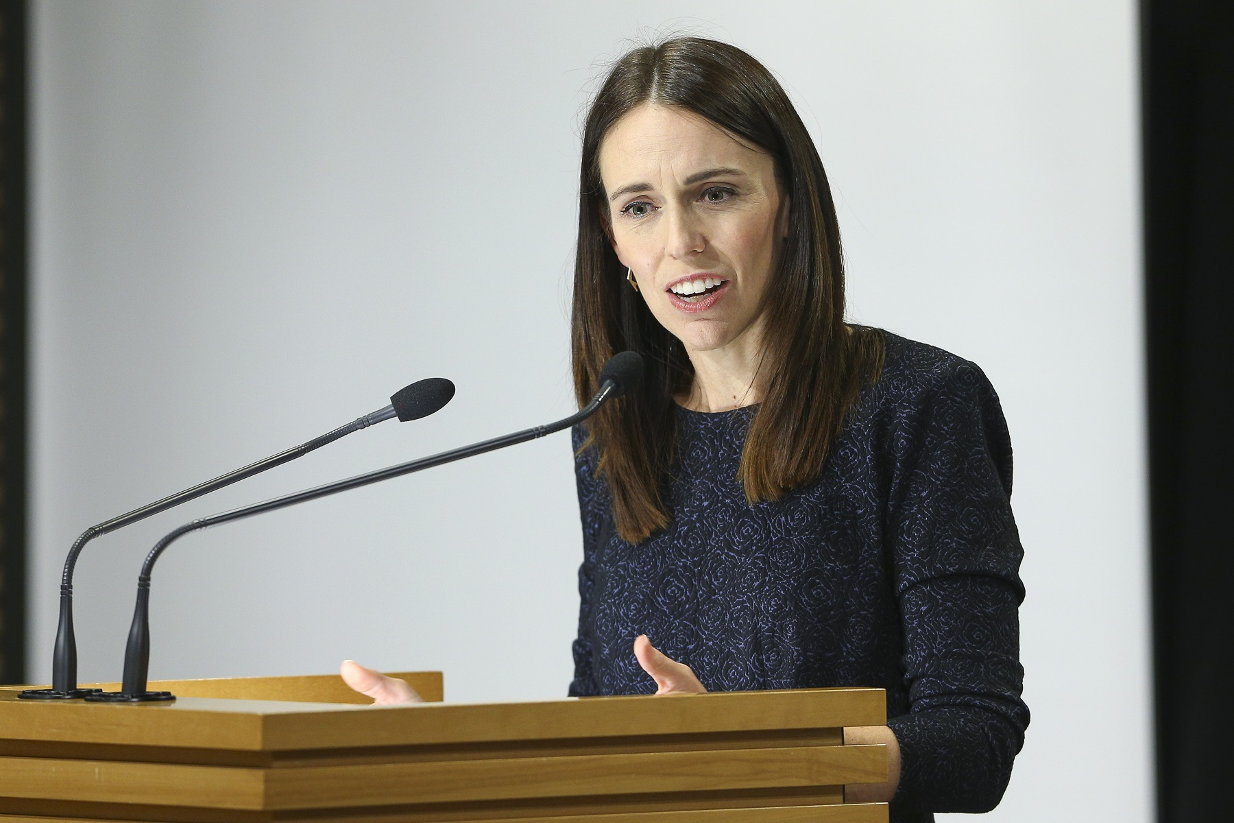 WELLINGTON, NEW ZEALAND - MARCH 31: Prime Minister Jacinda Ardern speaks to media during a press conference at Parliament on March 31, 2020 in Wellington, New Zealand. New Zealand has been in lockdown since Thursday 26 March following tough restrictions imposed by the government to stop the spread of COVID-19 across the country.  A State of National Emergency is in place along with an Epidemic Notice to help ensure the continuity of essential Government business. Under the COVID-19 Alert Level Four measures, all non-essential businesses are closed, including bars, restaurants, cinemas and playgrounds. Schools are closed and all indoor and outdoor events are banned. Essential services will remain open, including supermarkets and pharmacies. Lockdown measures are expected to remain in place for around four weeks, with Prime Minister Jacinda Ardern warning there will be zero tolerance for people ignoring the restrictions, with police able to enforce them if required. New Zealand now has over 500 confirmed cases of COVID-19 while one person has died. (Photo by Hagen Hopkins - Pool/Getty Images)