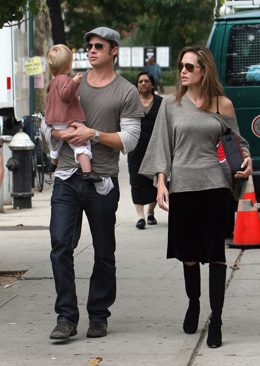 October 1, 2007: Angelina Jolie and Brad Pitt spotted with their youngest child, daughter Shiloh Jolie-Pitt, on the set of Pitt's new film in New York City today., Image: 100057621, License: Rights-managed, Restrictions: , Model Release: no, Credit line: INFphoto.com / INSTAR Images / Profimedia