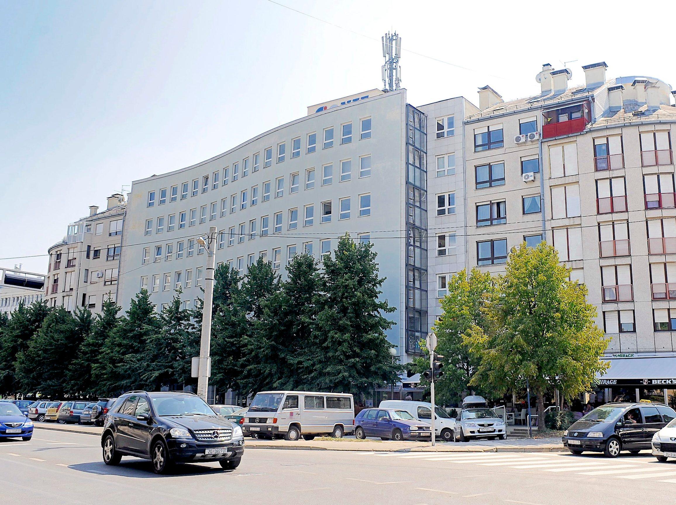 Zagreb, 280809. Ulica Grada Vukovara 14, zgrada HERA-e (Hrvatska energetska regulatorna agencija).  Na slici: zgrada HERA-e. Foto: Damir Krajac / CROPIX
