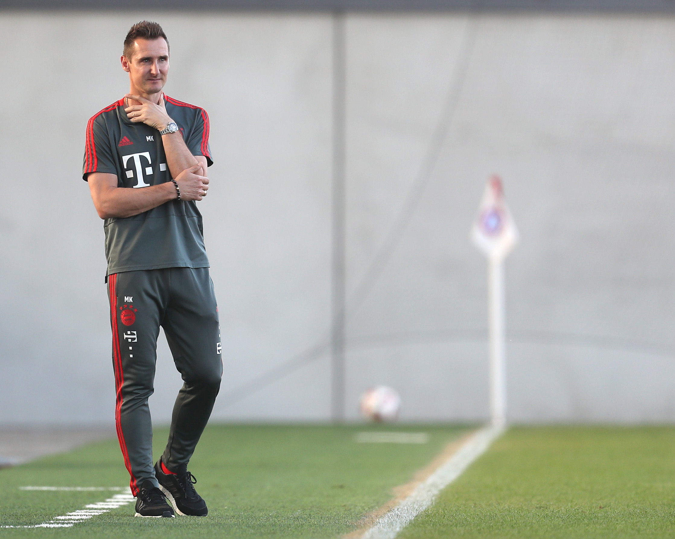 MUNICH, GERMANY - JUNE 05: Team coach Miroslav Klose of FC Bayern Muenchen U17 is pictured during the B Juniors German Championship semi final leg one match between FC Bayern Muenchen U17 and 1. FC Koeln U17 at FCB Campus on June 05, 2019 in Munich, Germany. (Photo by Alexandra Beier/Getty Images for DFB)