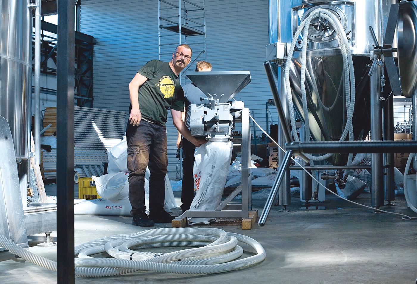 Zagreb, 240914. Bastijanova 1. Mala tvornica piva, mala manufaktura u kojoj se proizvodi pivo. na fotografiji: Andrej Capka. Foto: Sandra Simunovic / CROPIX