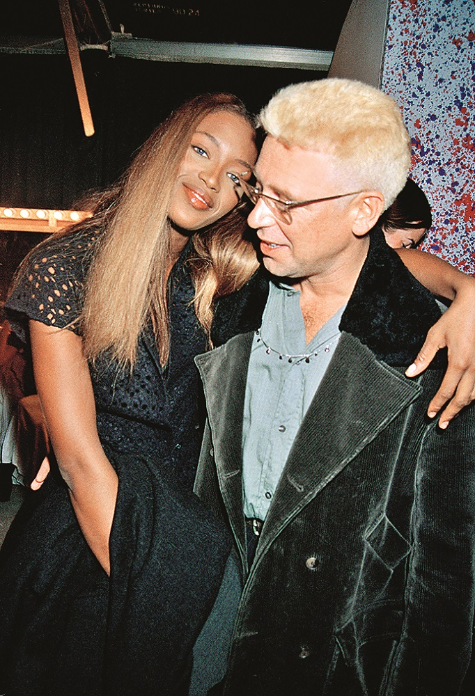 Model Naomi Campbell with her boyfriend Adam Clayton, the bassist of U2, during London Fashion Week, 18th October 1993. (Photo by Dave Benett/Getty Images)
