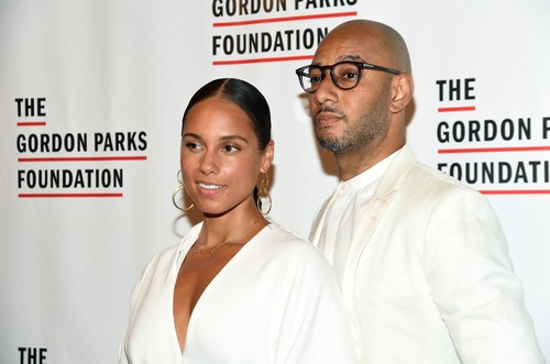 Alicia Keys and Swizz Beatz The Gordon Parks Foundation Awards Dinner and Auction, Cipriani 42nd Street, New York, USA - 04 Jun 2019 The Gordon Parks Foundation's Annual Awards Dinner and Auction celebrates Gordon Parks' legacy and honors those who continue his vision for social change through their work in the arts and humanitarianism. Recognized as the most important African-American photographer of the twentieth century, Gordon Parks exposed the face of American poverty with empathy and dignity, using the arts to champion social change through his photography, film, music, and writing. For the past decade, The Gordon Parks Foundation has provided scholarships and fellowships to students and artists whose creative work reflects the mission and vision of Gordon Parks. The Gordon Parks Foundation's Annual Awards Dinner and Auction supports this important and ongoing work. The Foundation also preserves Parks' vast archive, produces scholarly publications, and partners with museums and schools around the world on exhibitions and programming., Image: 443294452, License: Rights-managed, Restrictions: , Model Release: no, Credit line: MJ Photos/WWD / Shutterstock Editorial / Profimedia