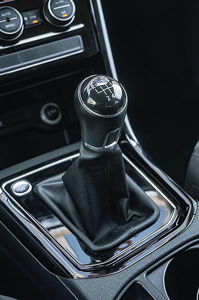 VW Touran 2.0 TDI 2016.