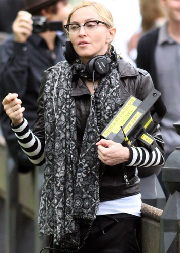 NEW YORK Manhattan - SEPTEMBER 17: Madonna sighting at The Mall in Central Park on September 17, 2010 in New York City....People:  Madonna, Image: 518717903, License: Rights-managed, Restrictions: , Model Release: no, Credit line: SMG / Zuma Press / Profimedia