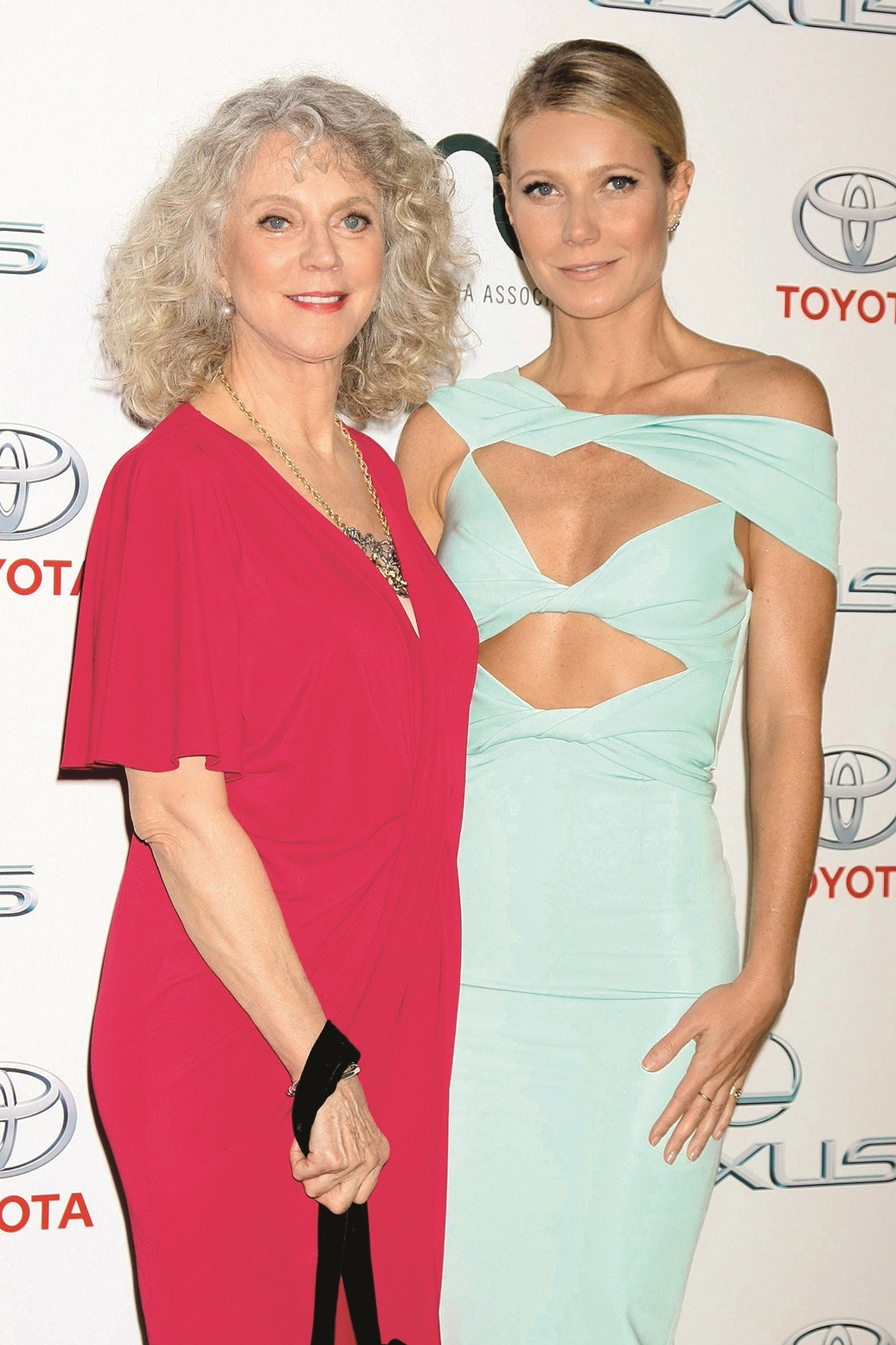 (5294270c) Blythe Danner, Gwyneth Paltrow 25th Annual EMA Awards, Los Angeles, America - 24 Oct 2015, Image: 263786600, License: Rights-managed, Restrictions: , Model Release: no, Credit line: MediaPunch / Shutterstock Editorial / Profimedia