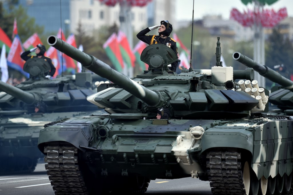 Belarus' T-52 tanks take part in a military parade to mark the 75th anniversary of the Soviet Union's victory over Nazi Germany in World War Two, in Minsk on May 9, 2020. (Photo by Sergei GAPON / AFP)