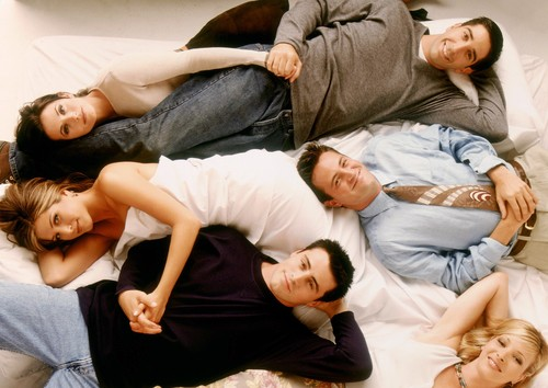 LIBRARY.  USA. Lisa Kudrow, Jennifer Aniston, Matt LeBlanc, Matthew Perry, Courteney Cox and David Schwimmer in the promo image for  ©Warner Bros. TV series : 'Friends' ( 1994-2004 ),Image: 448706153, License: Rights-managed, Restrictions: Supplied by Landmark Media. Editorial Only. Landmark Media is not the copyright owner of these Film or TV stills but provides a service only for recognised Media outlets., Model Release: no