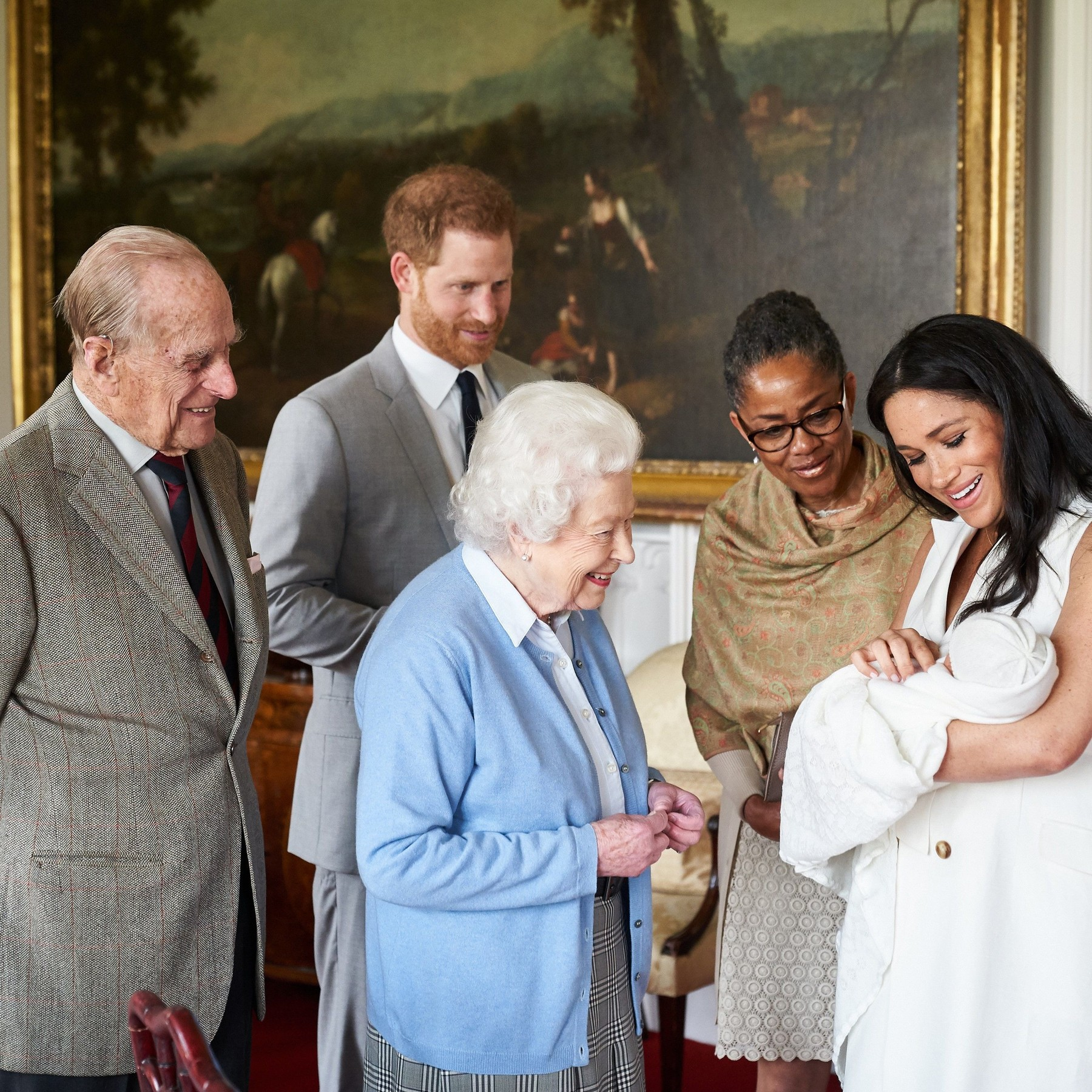 Prince Harry and Meghan Duchess of Sussex are joined by her mother, Doria Ragland, as they show their new son, born Monday and named as Archie Harrison Mountbatten-Windsor, to Queen Elizabeth II and Prince Philip at Windsor Castle. Queen Elizabeth II meets new grandson Archie Harrison Mountbatten-Windsor, Windsor Castle, UK - 08 May 2019 This photograph is provided to you strictly on condition that you will make no charge for the supply, release or publication of it and that these conditions and restrictions will apply (and that you will pass these on) to any organisation to whom you supply it. There shall be no commercial use whatsoever of the photographs (including by way of example only) any use in merchandising, advertising or any other non-news editorial use. The photograph must not be digitally enhanced, manipulated or modified in any manner or form and must include all of the individuals in the photograph when published. All other requests for use should be directed to the Buckingham Palace Press Office in writing. The Duke and Duchess of Sussex are joined by her mother, Doria Ragland, as they show their new son, born Monday and named as Archie Harrison Mountbatten-Windsor, to the Queen Elizabeth II and the Duke of Edinburgh at Windsor Castle.,Image: 431837840, License: Rights-managed, Restrictions: NOT FOR USE AFTER 7th JUNE 2019. Free for use, News Editorial Use Only. No Commercial Use. No Merchandising, Advertising, Souvenirs, Memorabilia Or Colourably Similar., Model Release: no, Credit line: Chris Allerton/SussexRoyal / Shutterstock Editorial / Profimedia