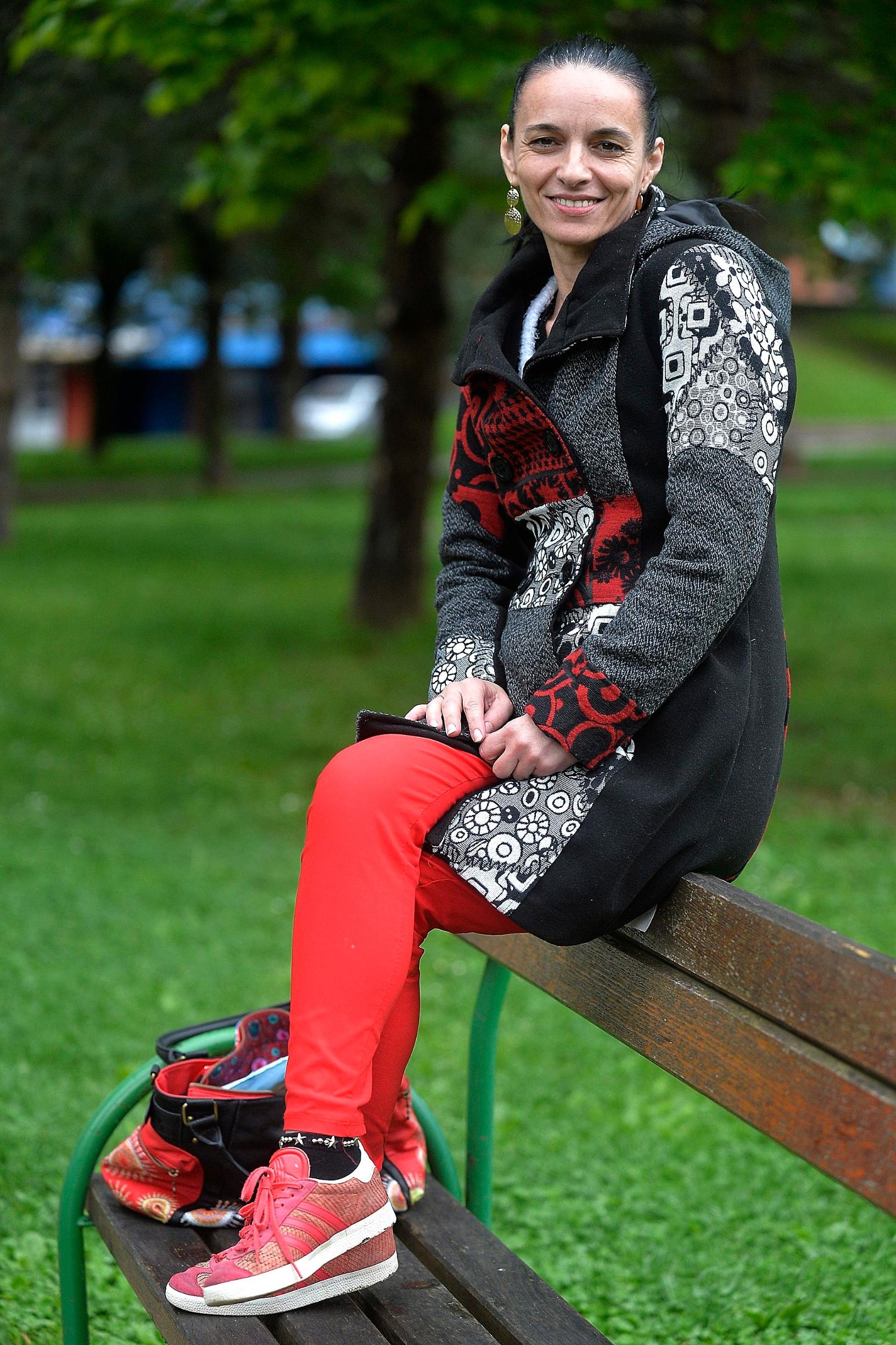 Zagreb, 200520. Ulica Dudovec, Vrapce. Liljana Raguz Hoic, ooljela od raka gusterace. Na fotografiji: Liljana Raguz Hoic. Foto: Damir Krajac / CROPIX DOKTR U KUCI