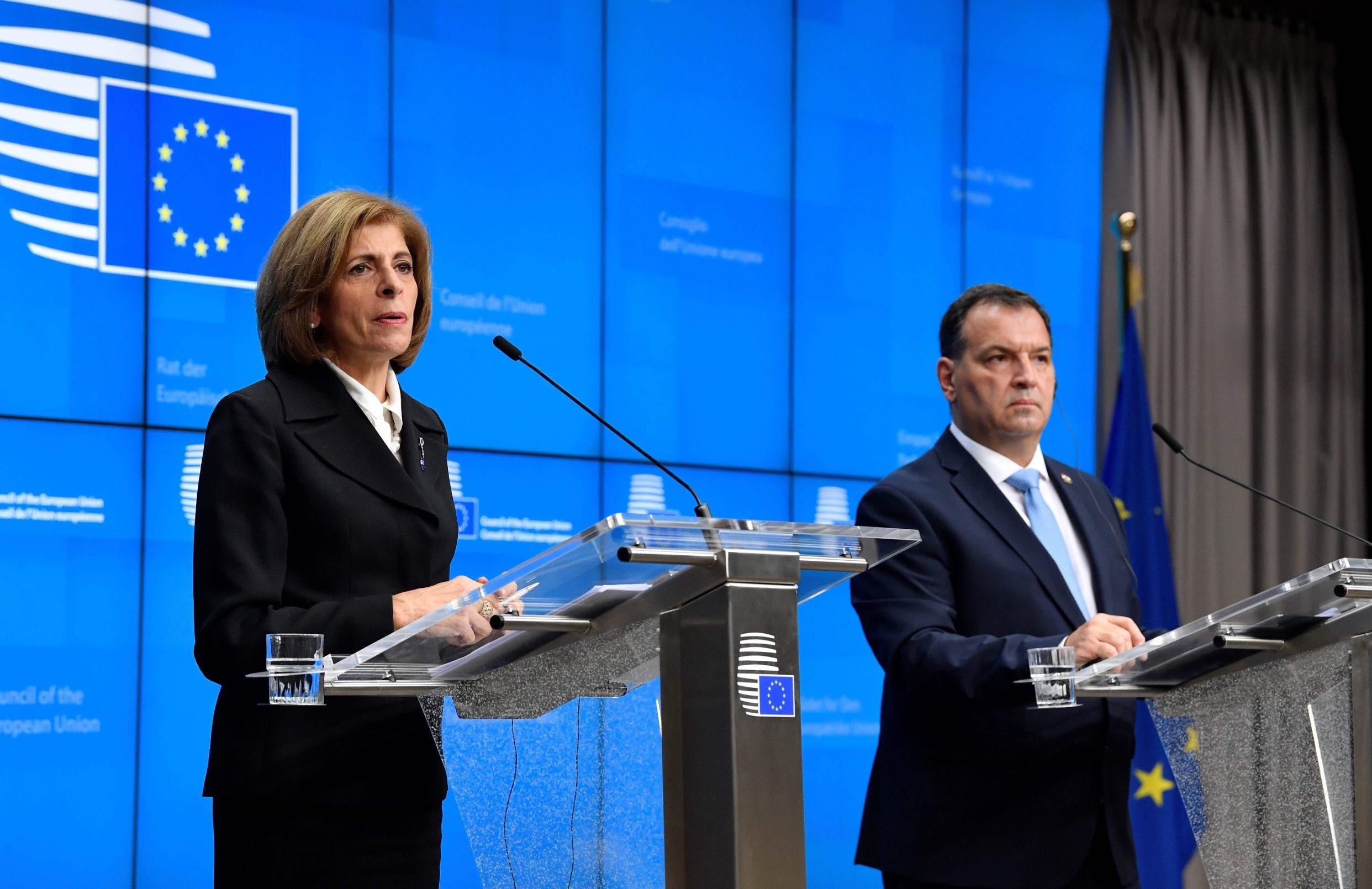 Povjerenica Europske komisije za zdravlje i sigurnost hrane Stella Kyriakides i hrvatski ministar zdravstva Vili Beroš